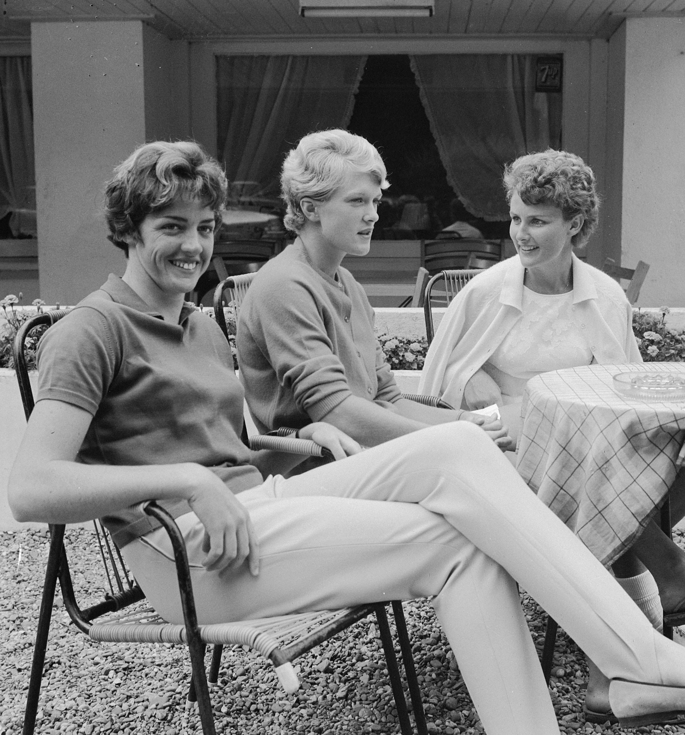 File Margaret Court Robyn Ebbern Lesley Turner 1964