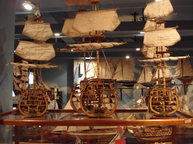What to do in Mauritius - Visit a ship model factory - Photo credit Wikimedia Commons
