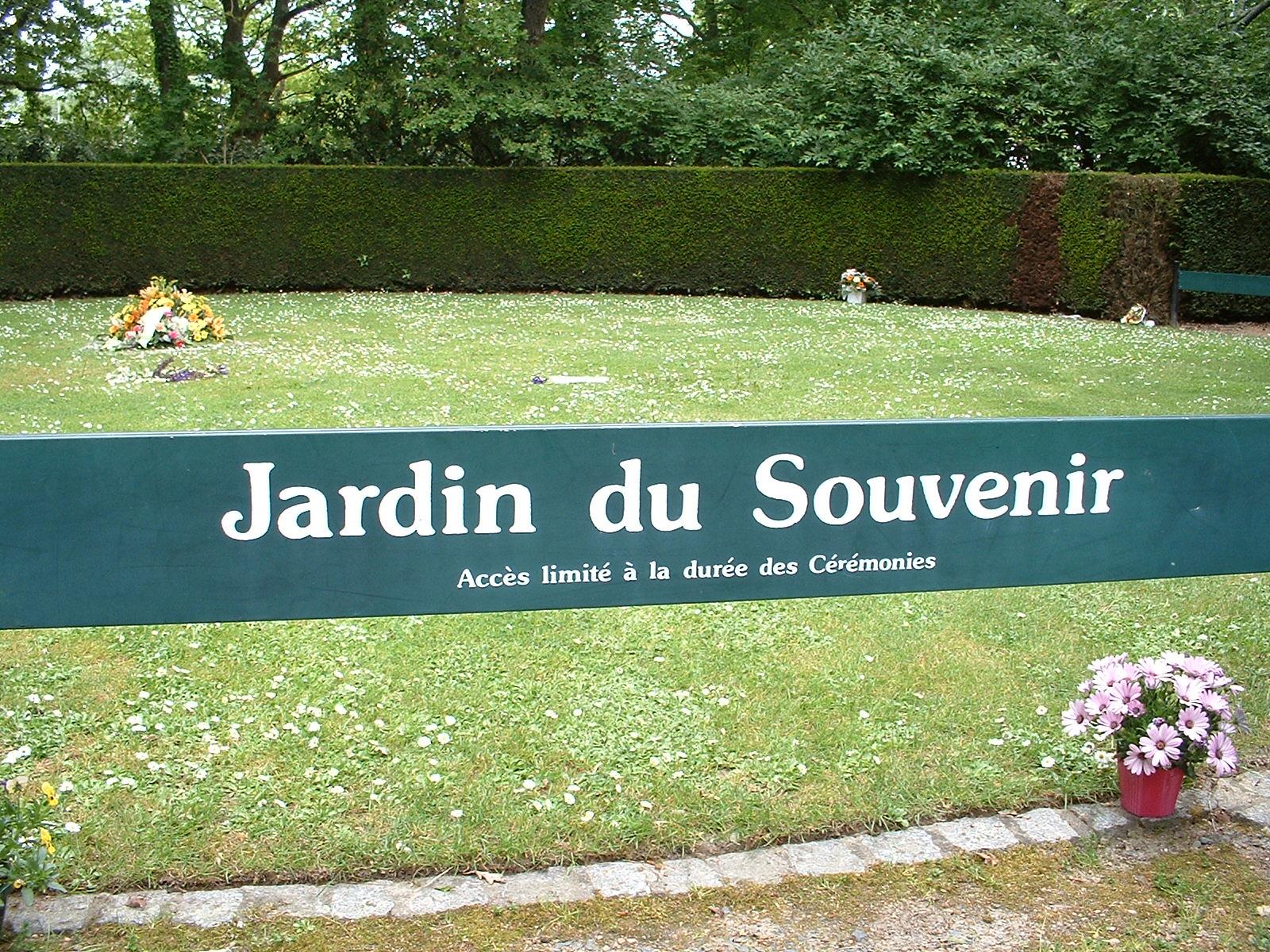 filenantes cimetire parc jardin du souvenirjpg - Jardin Du Souvenir