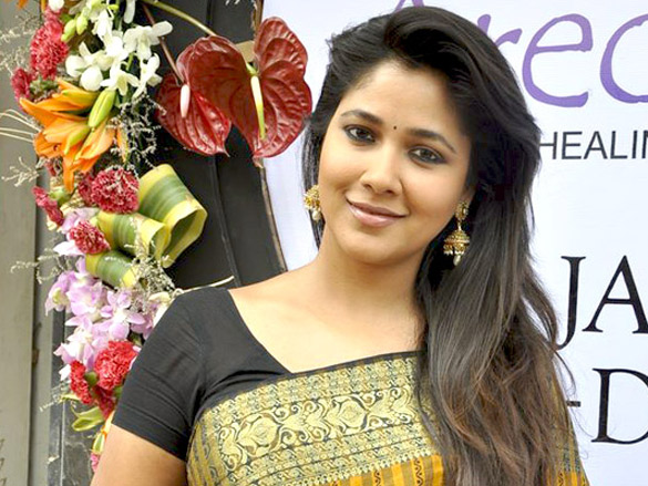 Narayani Shastri - Wikipedia