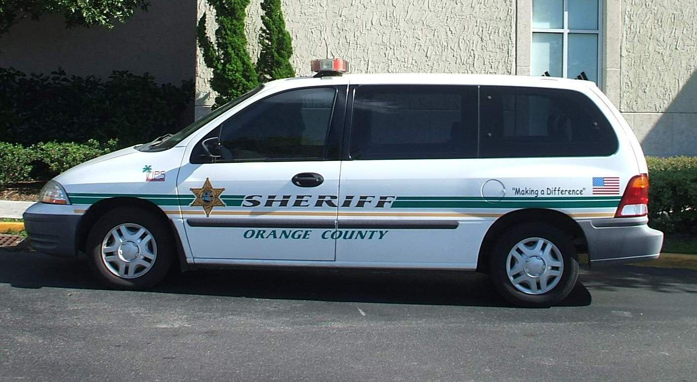 File:Orange County SD FL USA - Ford Windstar.jpg - Wikimedia Commons