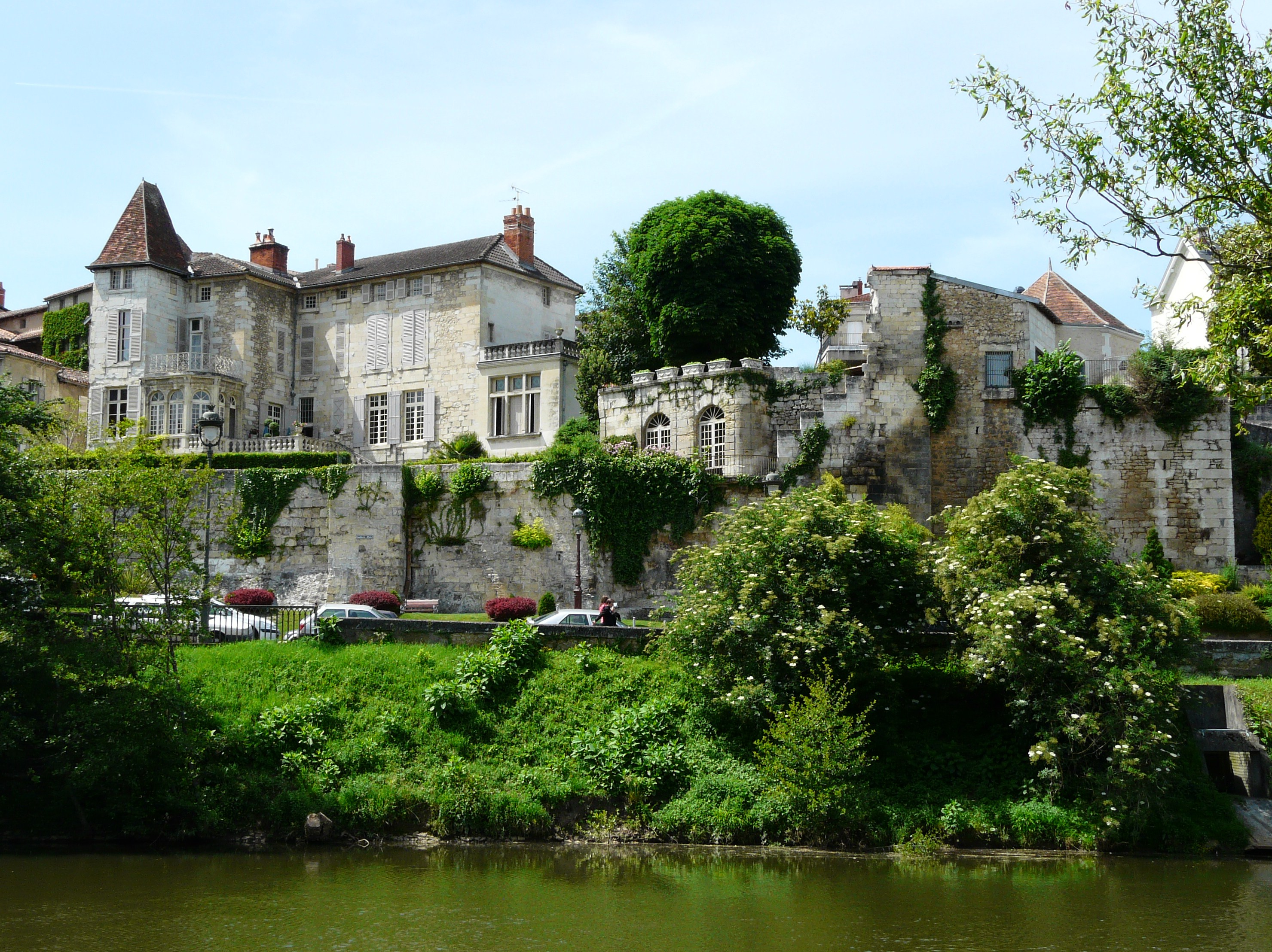 Hotel De Fayolle Perigueux