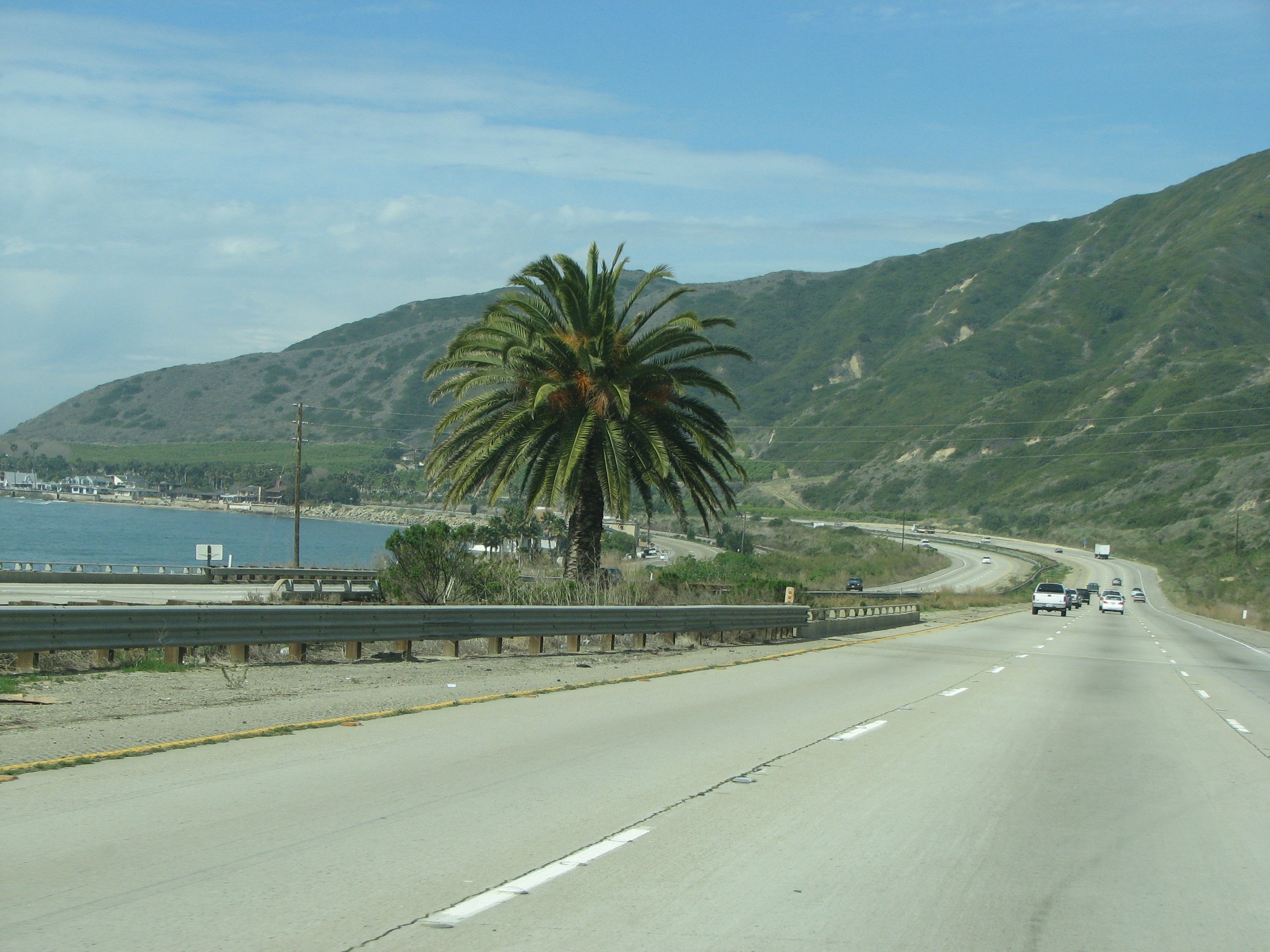 Pacific Coast Highway Used Furniture Warehaous