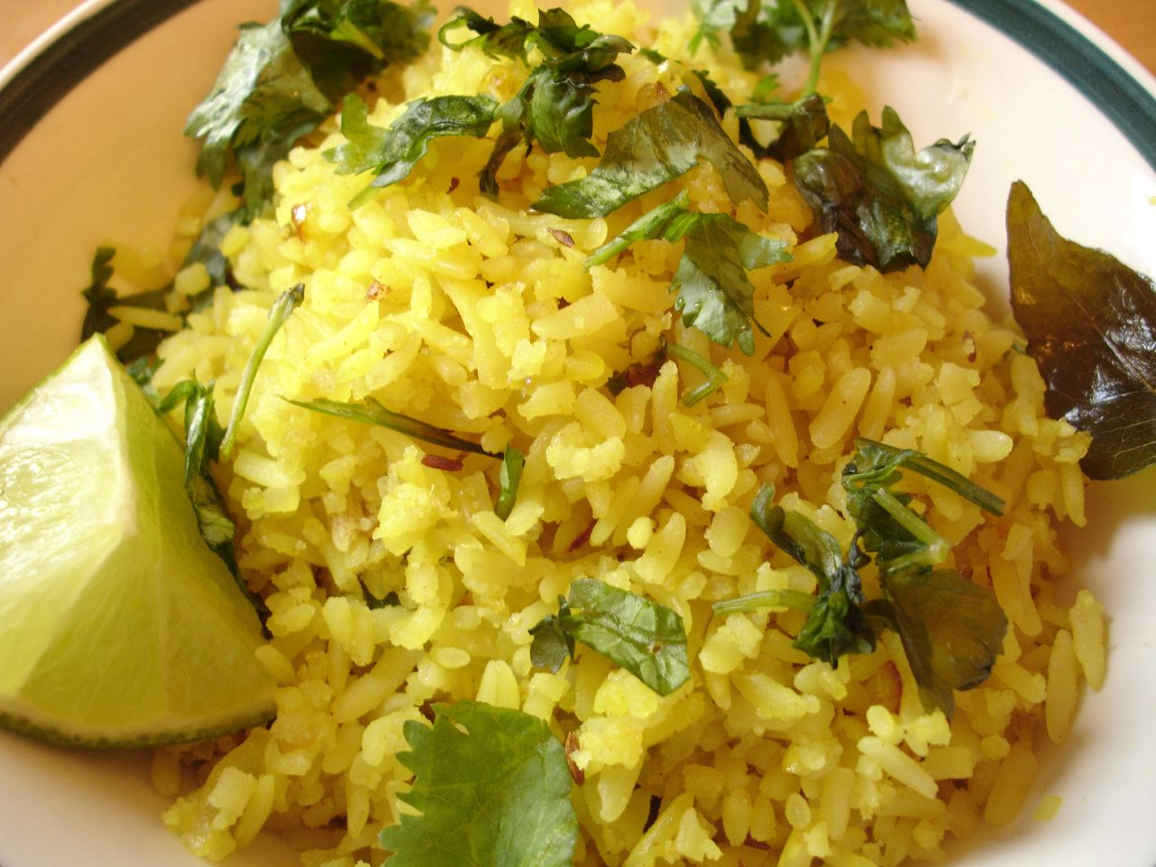 File:Poha, a snack made of flattened rice.jpg