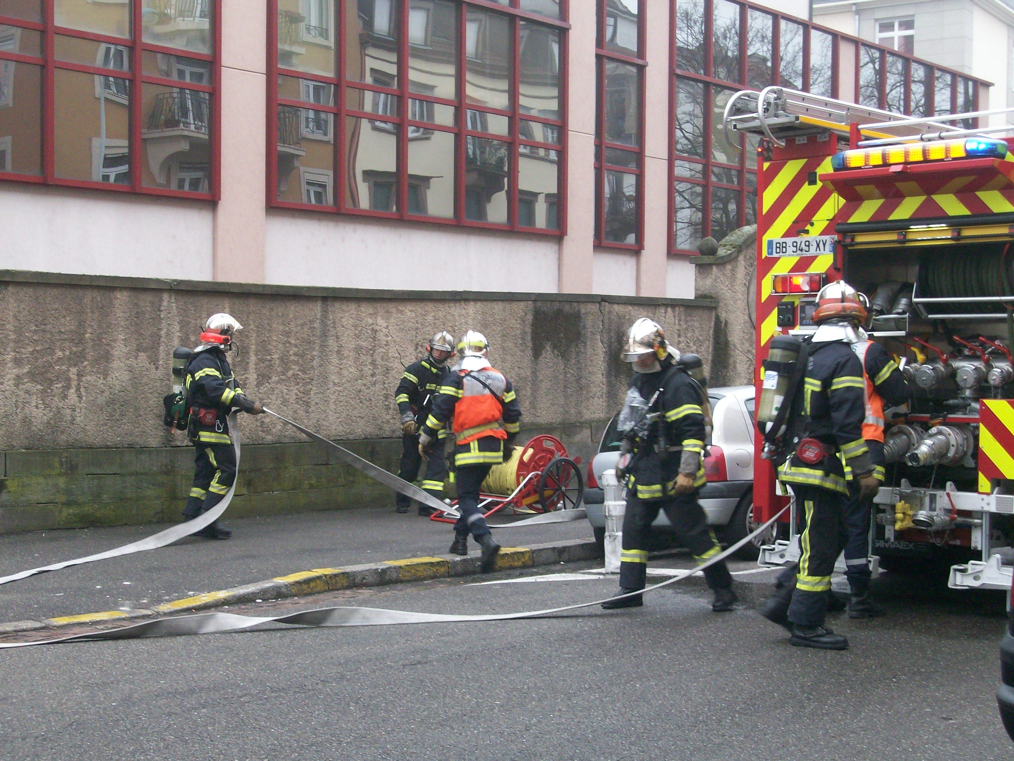 1000 images about pompiers on pinterest de paris - Minion pompier ...