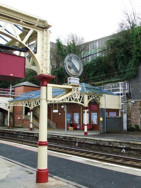 3 Langbank Bogston Paisley to Greenock. Port Glasgow Railway Station Photo
