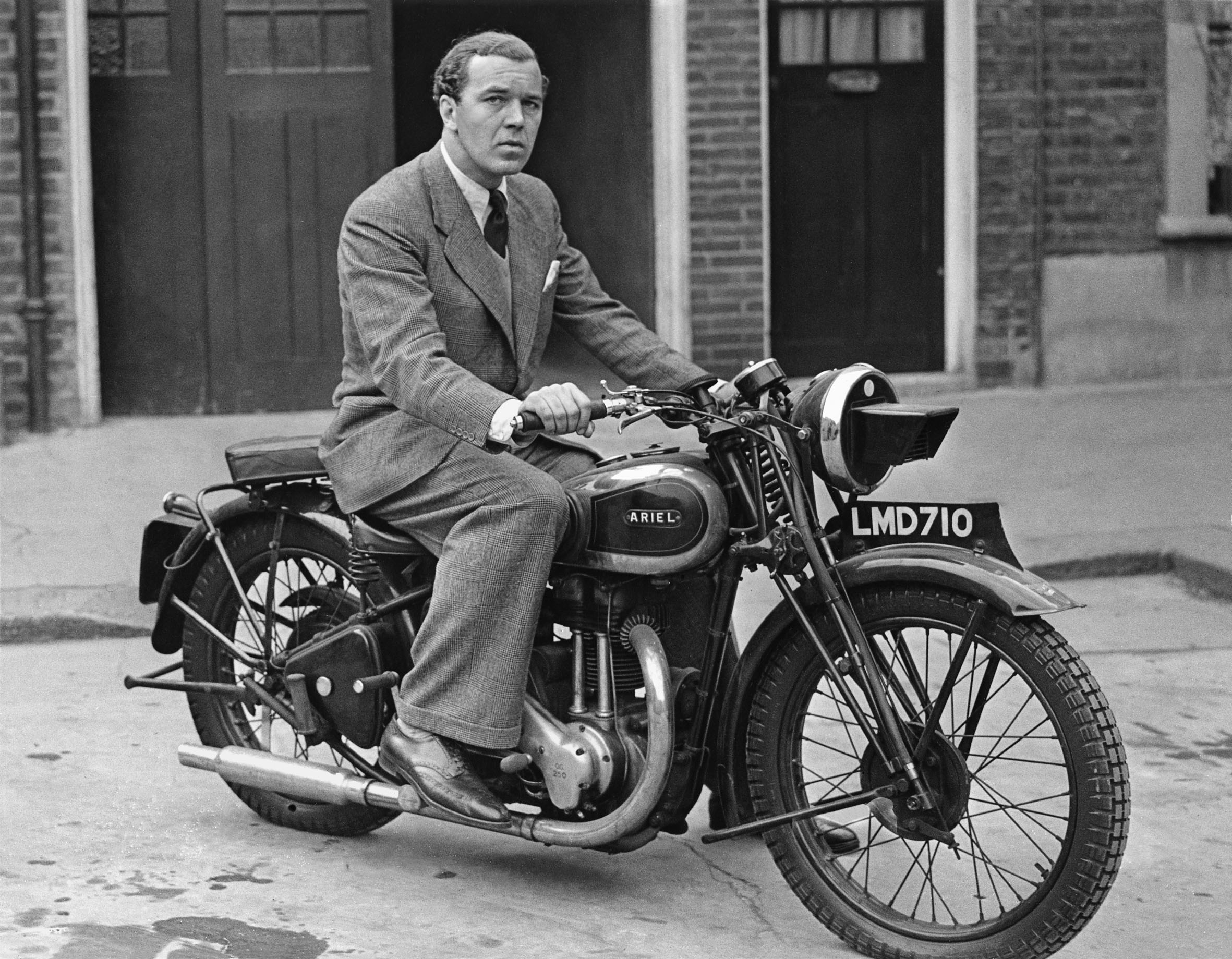 File:Prince Bertil-motorcycle London 1943.jpg