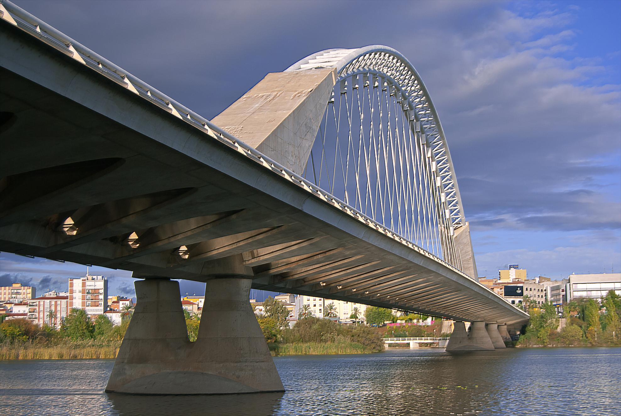 Puente Lusitania - Wikipedia, la enciclopedia libre