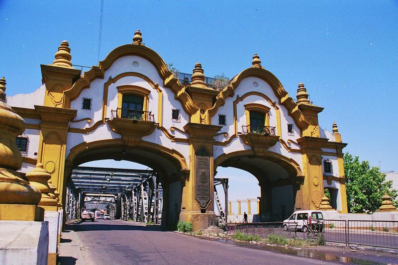 File:Puente Uriburu.jpg