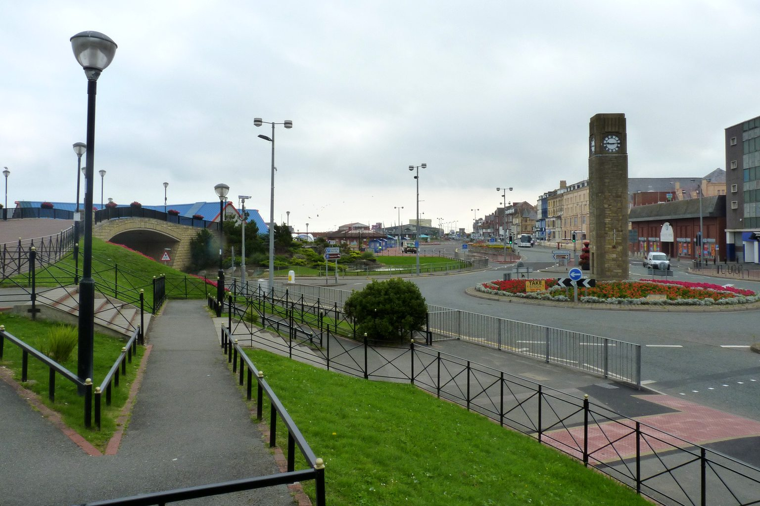 rhyl east parade clock tower.jpg