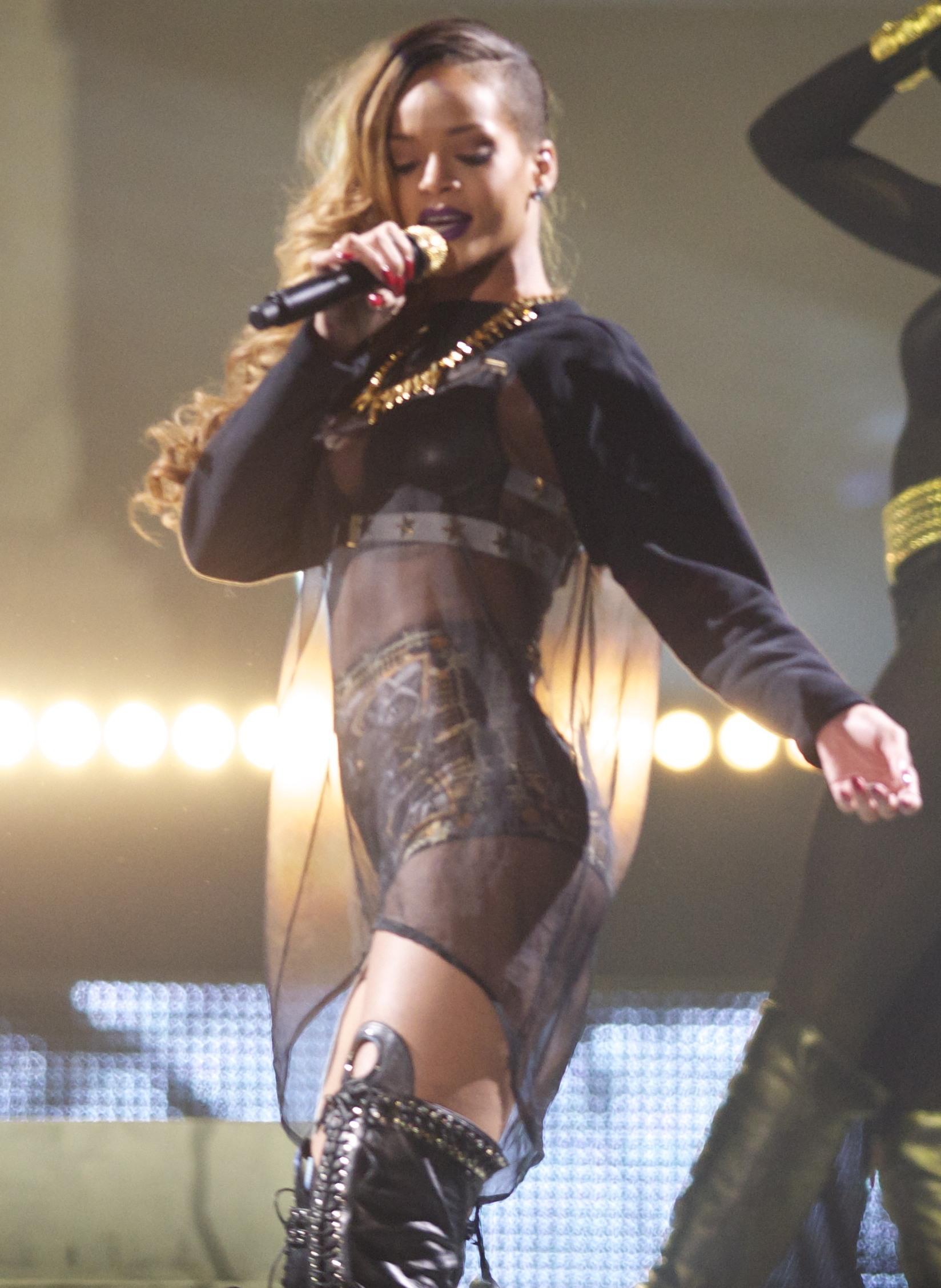 Chris Brown Fashion Style