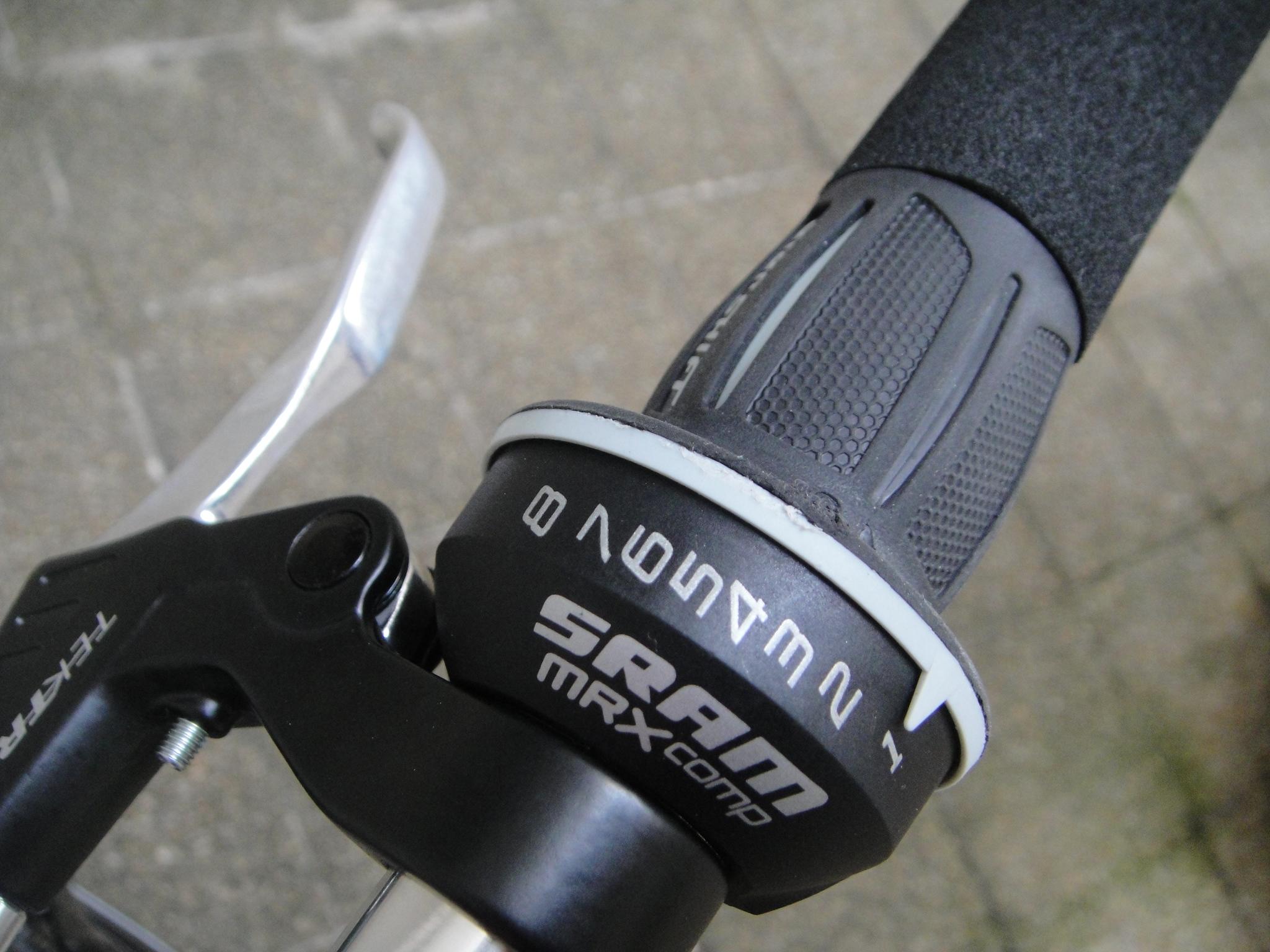 自転車の 自転車 グリップシフト ワイヤー交換 : SRAM 3.0 Comp Twist