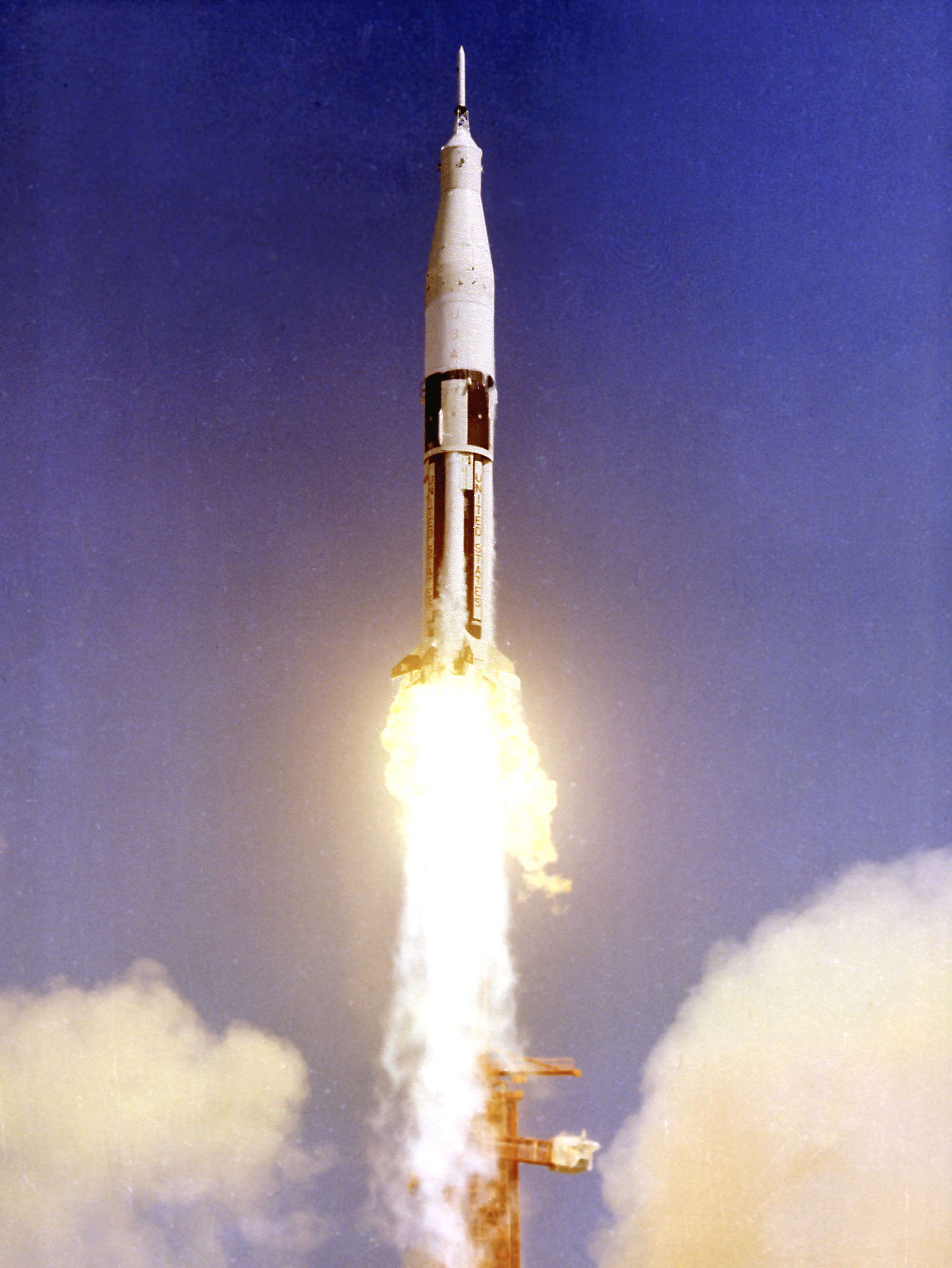 file saturn ib as 201 launch     wikimedia commons