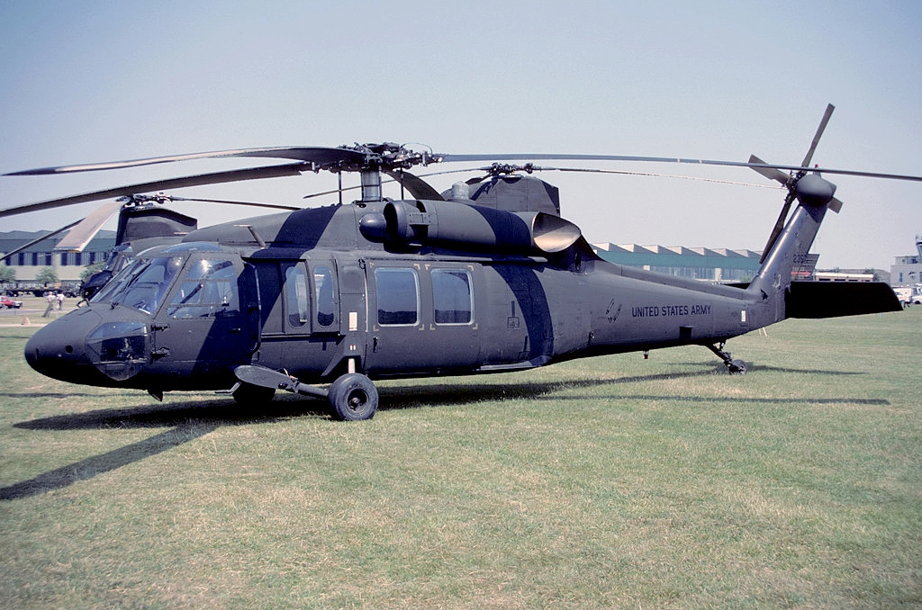 「UH-60A Black Hawk」的圖片搜尋結果