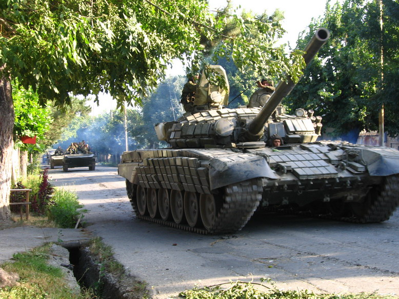 T-72 ΜΒΤ modernisation and variants South_Ossetia_war_russian_tank