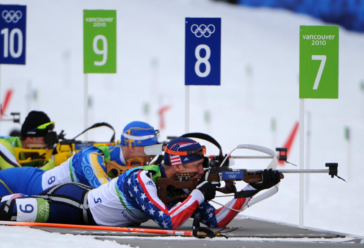 Biathlon: Niespodzianka w biegu długim. Polacy jak zwykle - daleko