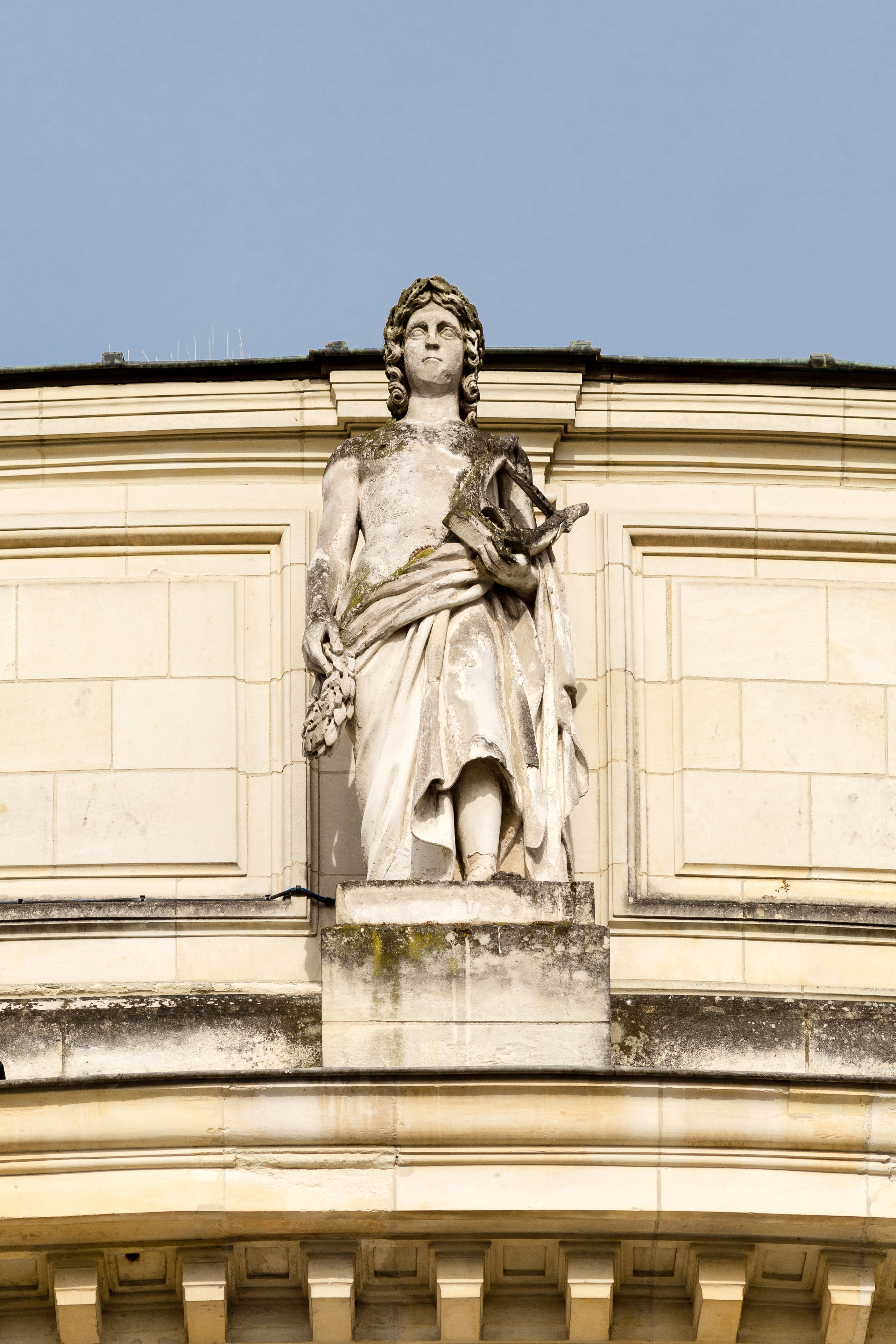 fichier statue d u0026 39 apollon sur la fa u00e7ade de l u0026 39 op u00e9ra  rennes  france jpg  u2014 wikip u00e9dia