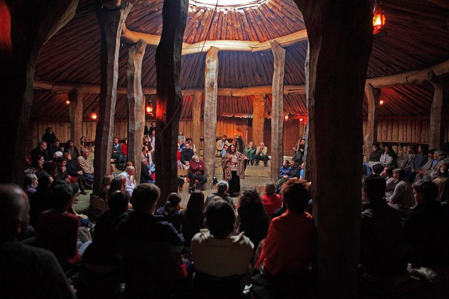 File:Story telling at Ancient Technology Centre, Cranborne - geograph.org.uk - 406677.jpg