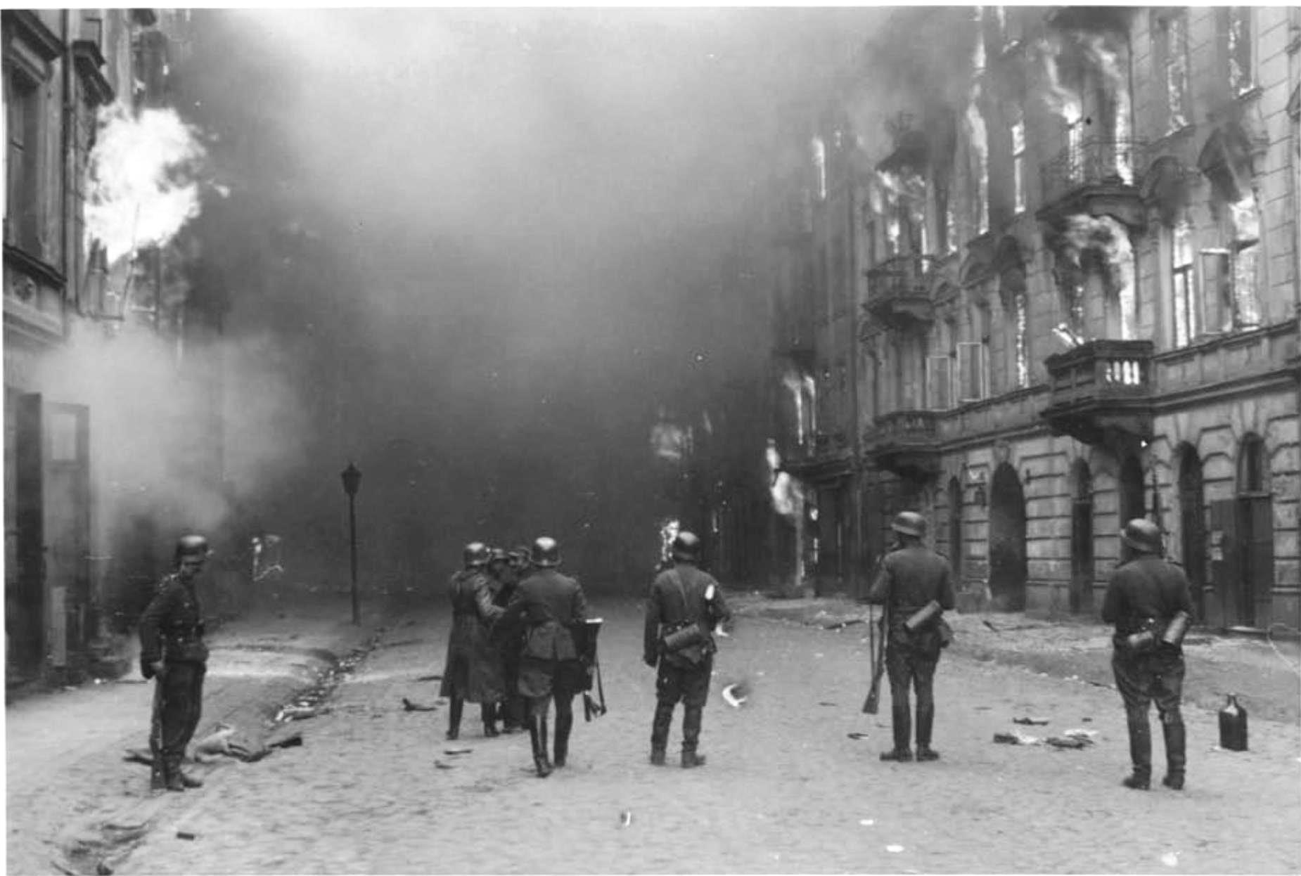 Stroop Report - Warsaw Ghetto Uprising - 10501