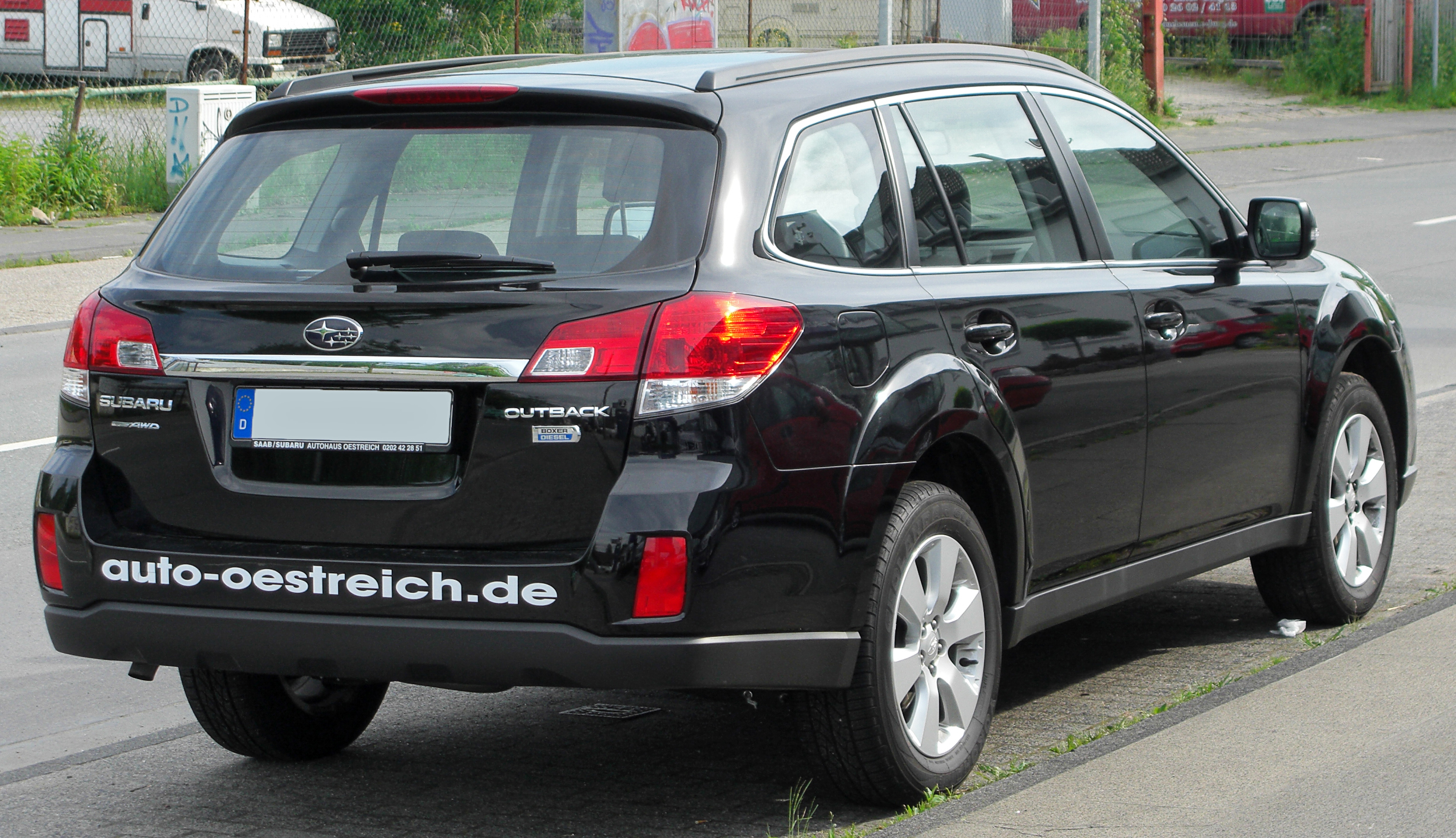 Description Subaru Outback IV 2.0D AWD Active rear 20100613.jpg