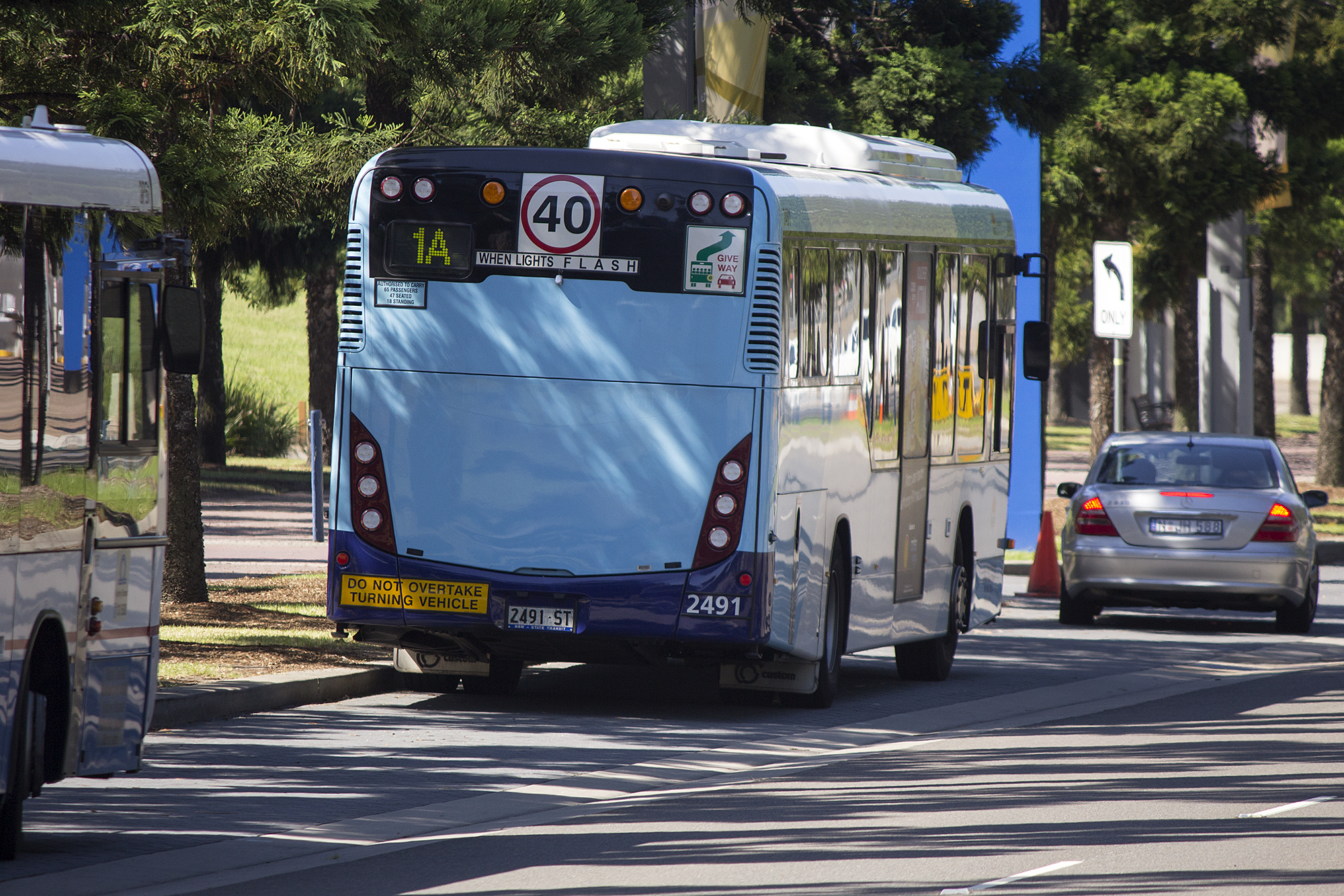 File:Sydney Buses (2491 ST) Custom Coaches 'CB80' bodied Scania K280UB