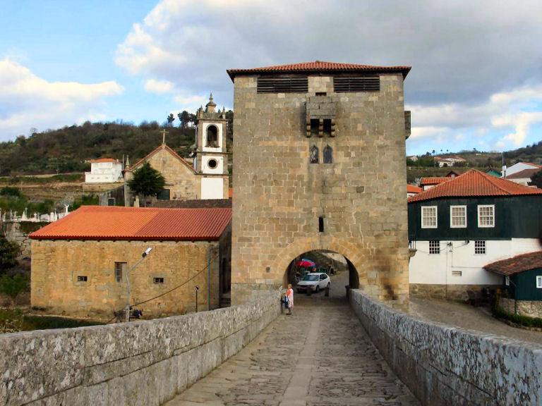 Image:Torre de Ucanha.JPG