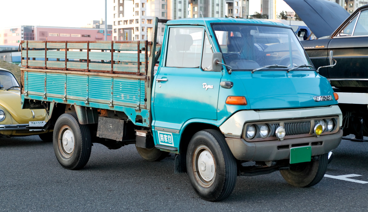 Kelebihan Kekurangan Toyota Dyna Perbandingan Harga