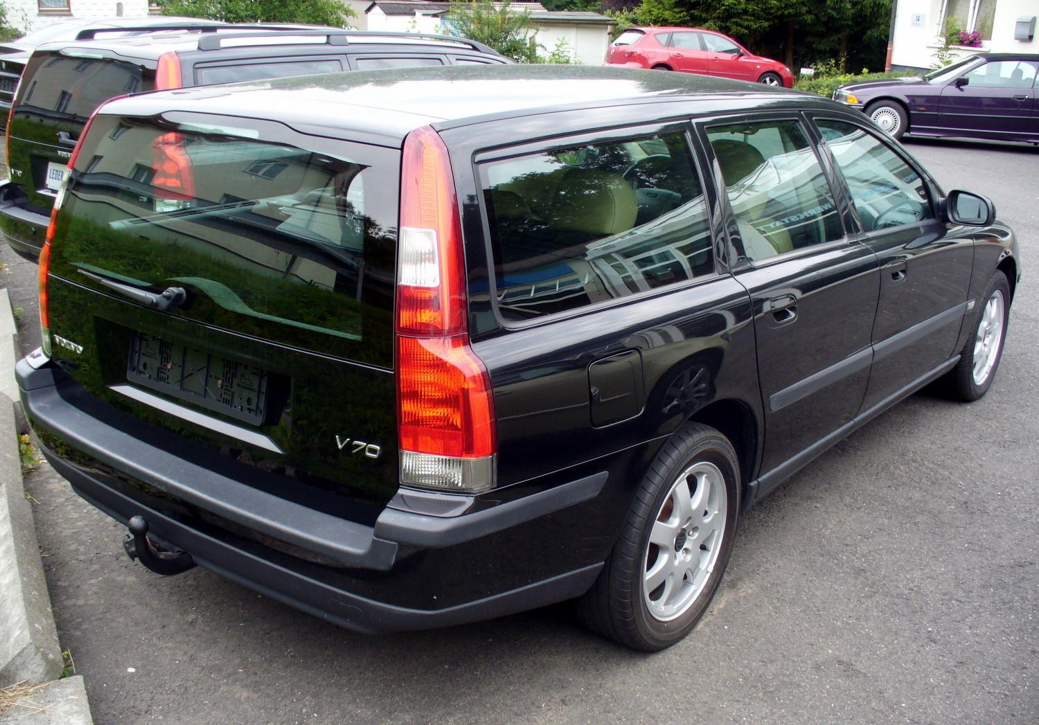 file volvo v70 2 4d celebration75 vorfacelift heck jpg wikimedia commons. Black Bedroom Furniture Sets. Home Design Ideas