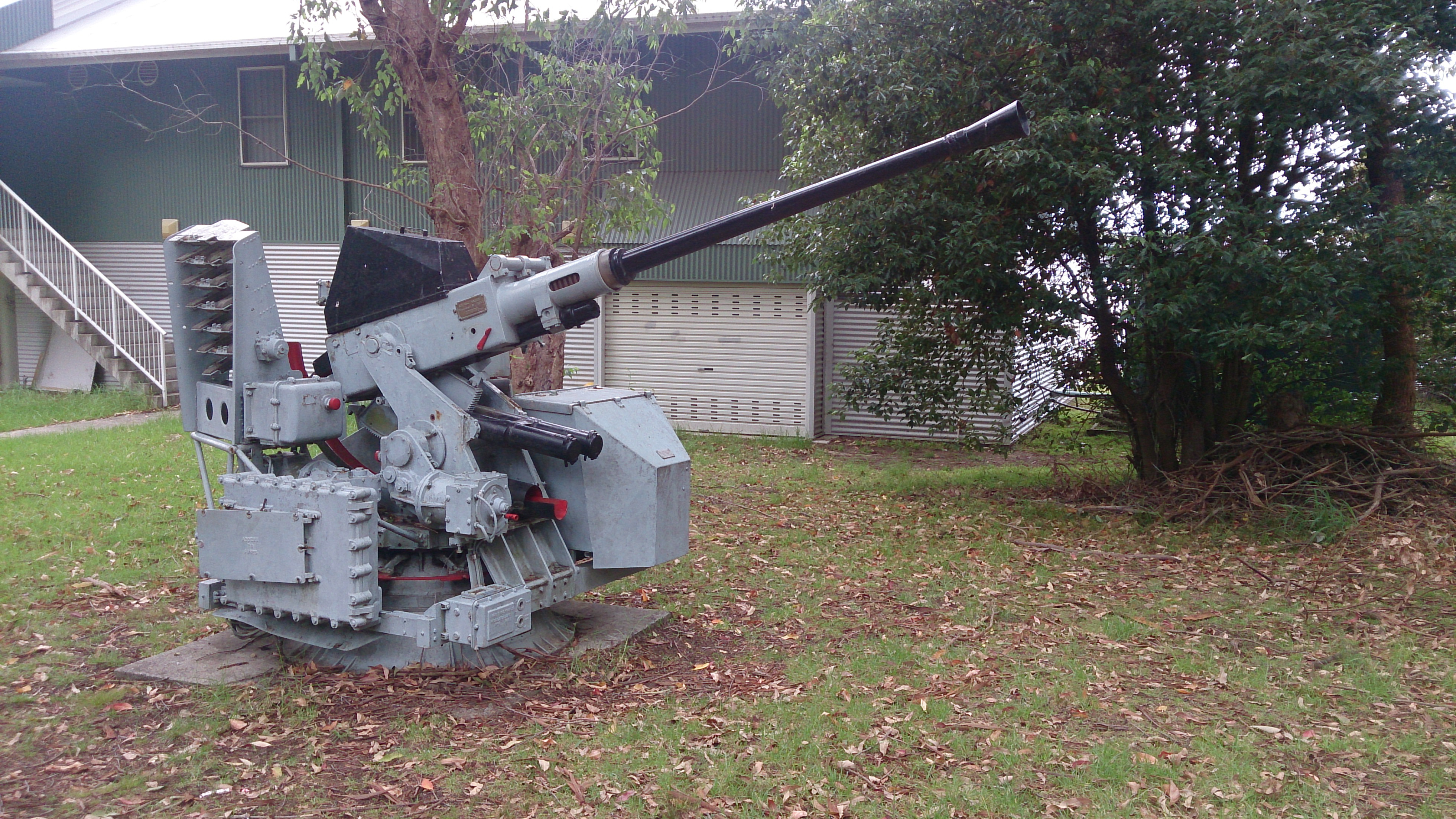 Image result for anti aircraft guns ww2 non copyright