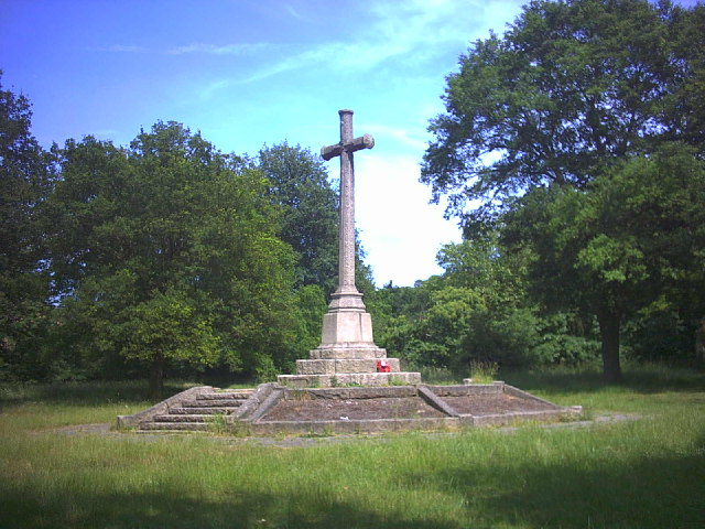 War Memorial, Wimbledon Common. - geograph.org.uk - 20692