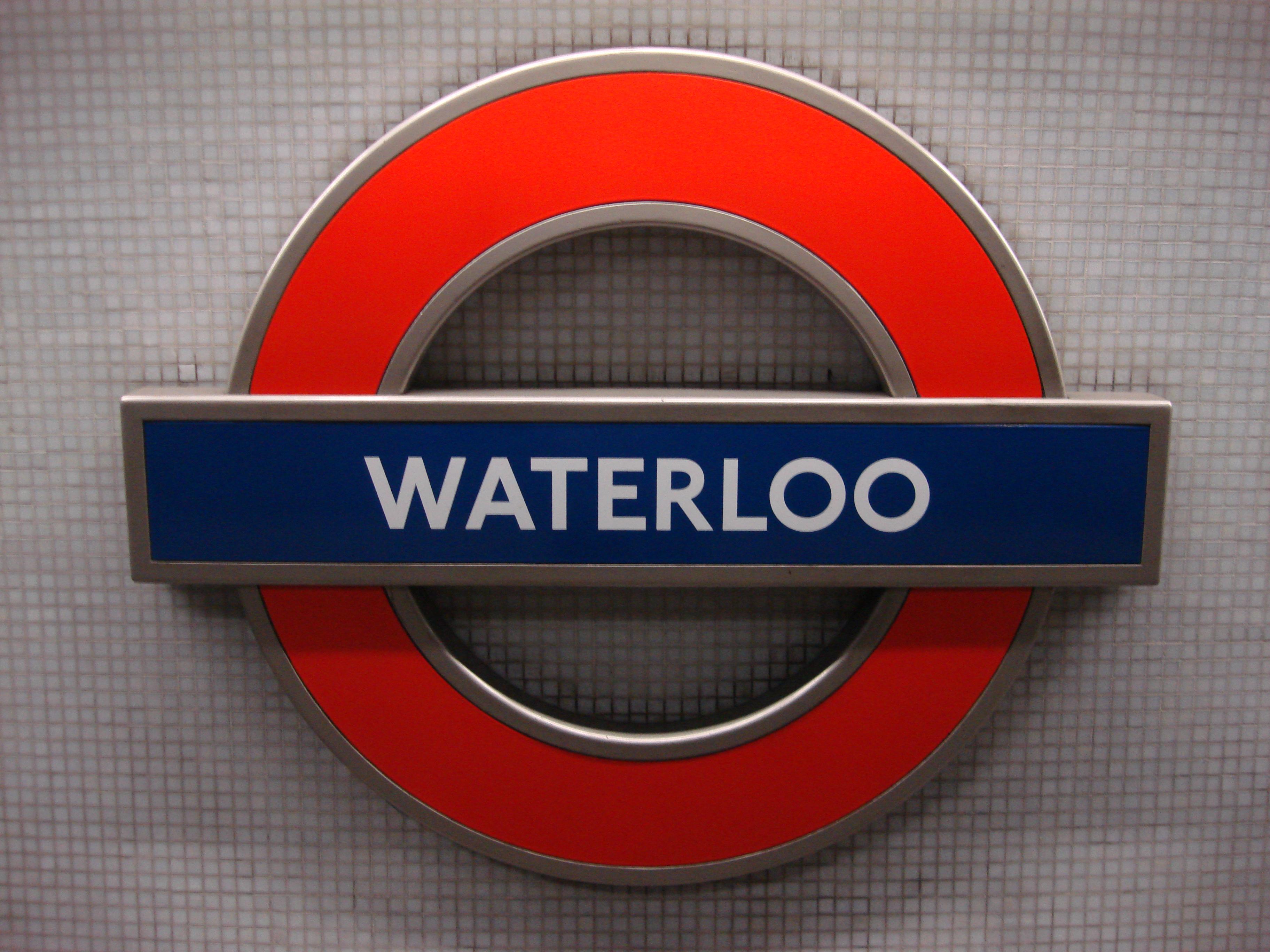 Filewaterloo Tube Station Roundelg Wikimedia Commons
