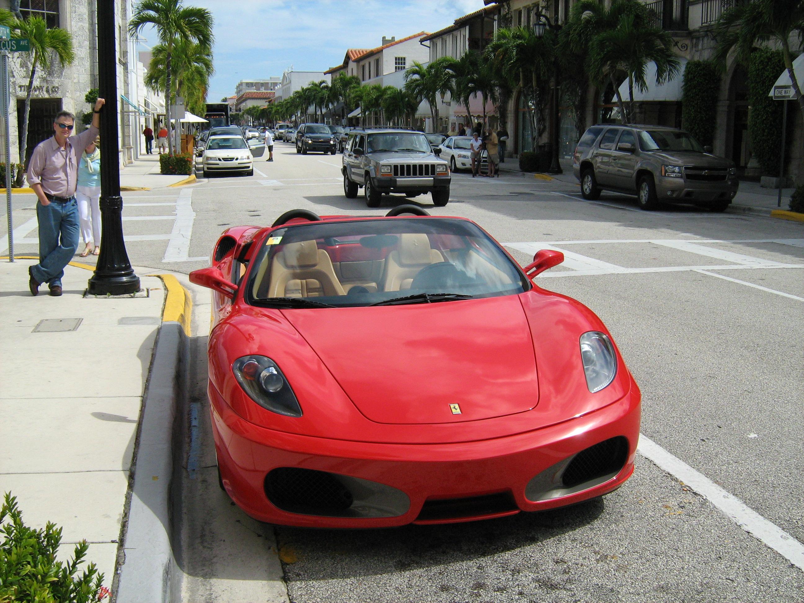 File Worth Avenue Palm Beach Fl Ferrari F Jpg Wikimedia Commons