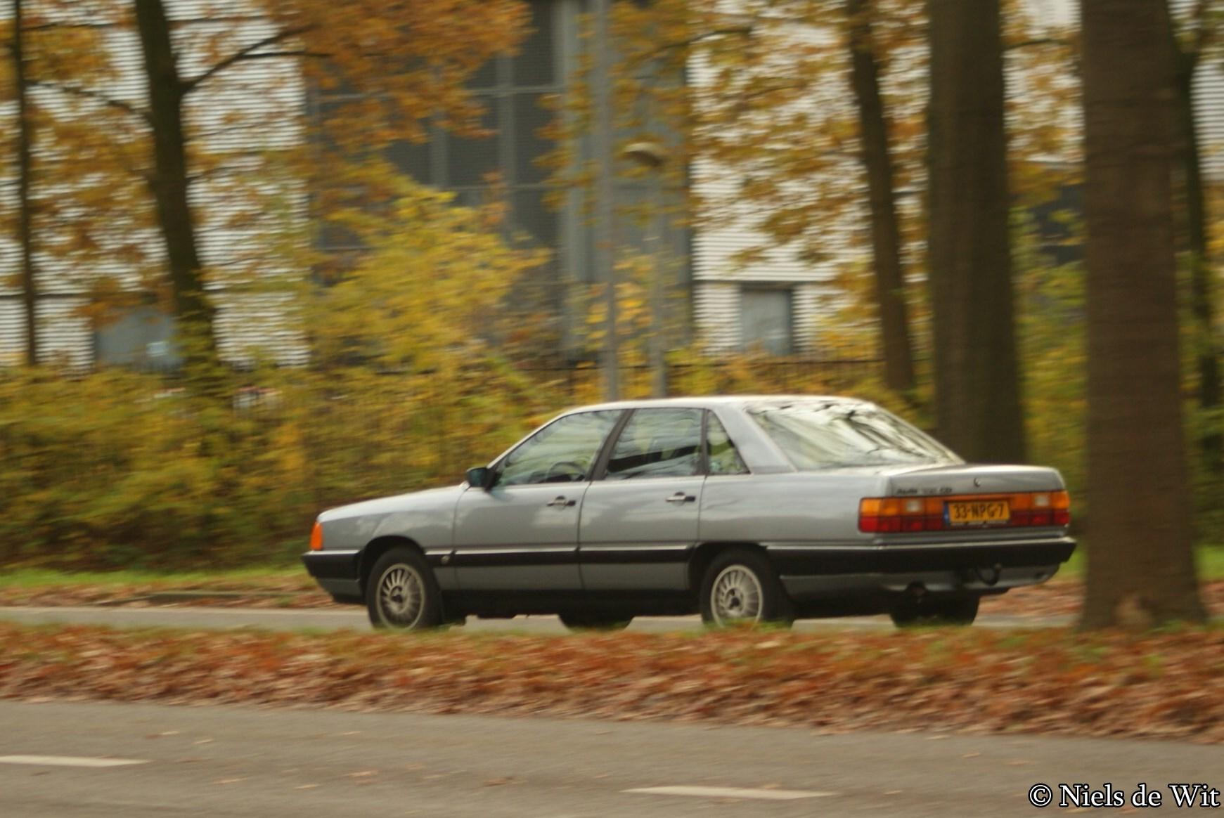 File:1986 Audi 100 CD (10962681645).jpg - Wikimedia Commons