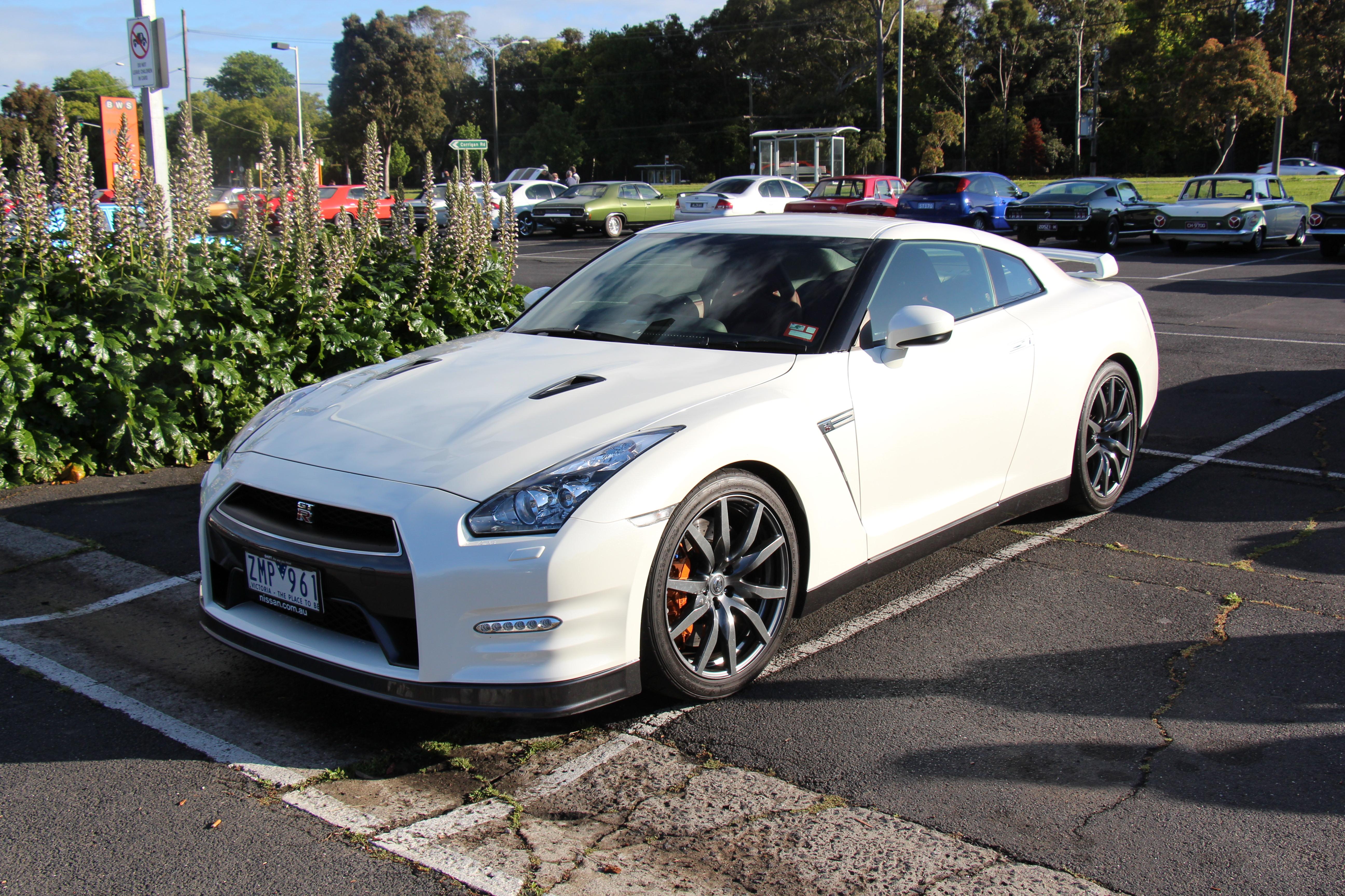 File 2012 Nissan Gt R Coupe 10813618555 Jpg Wikimedia