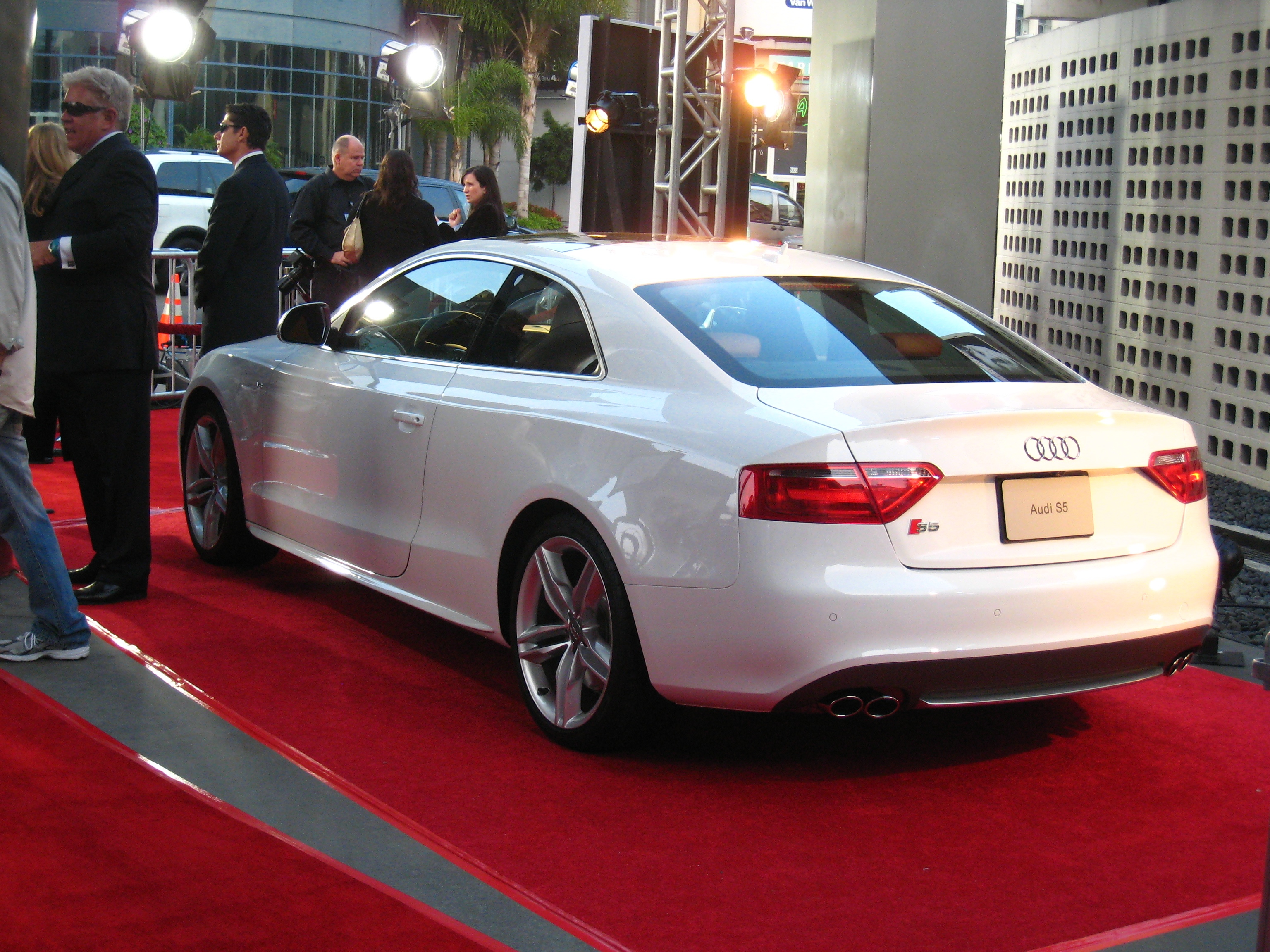 File Audi S5 White Jpg