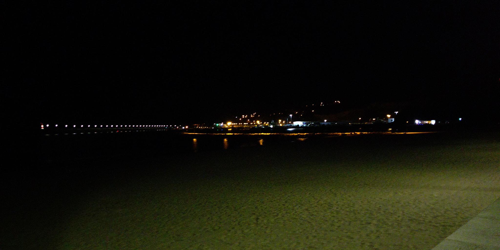 File:Beach At Night (223965751).jpeg - Wikimedia Commons