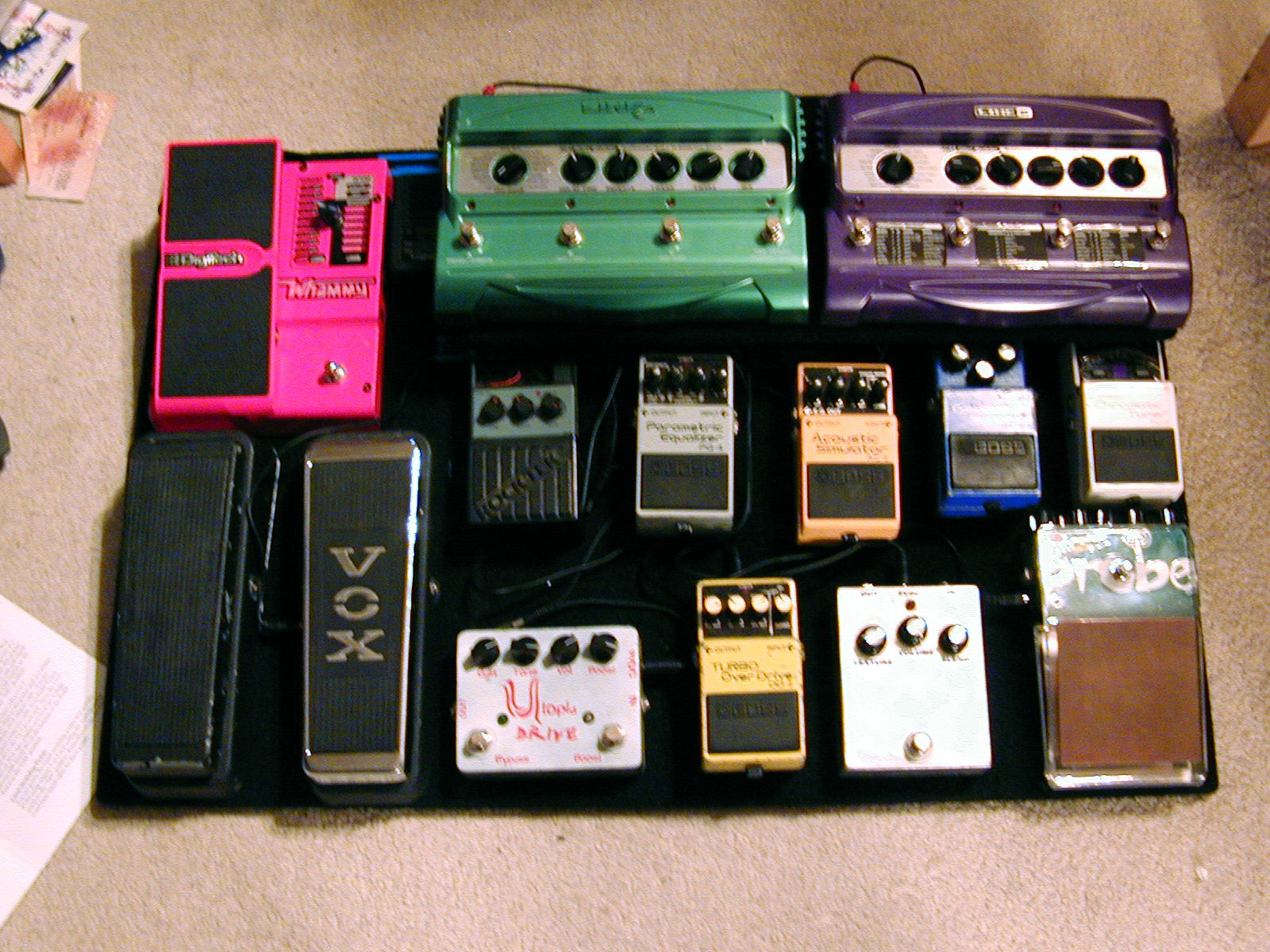 file boboroshi 39 s pedalboard 2006 01 29 wikimedia commons. Black Bedroom Furniture Sets. Home Design Ideas