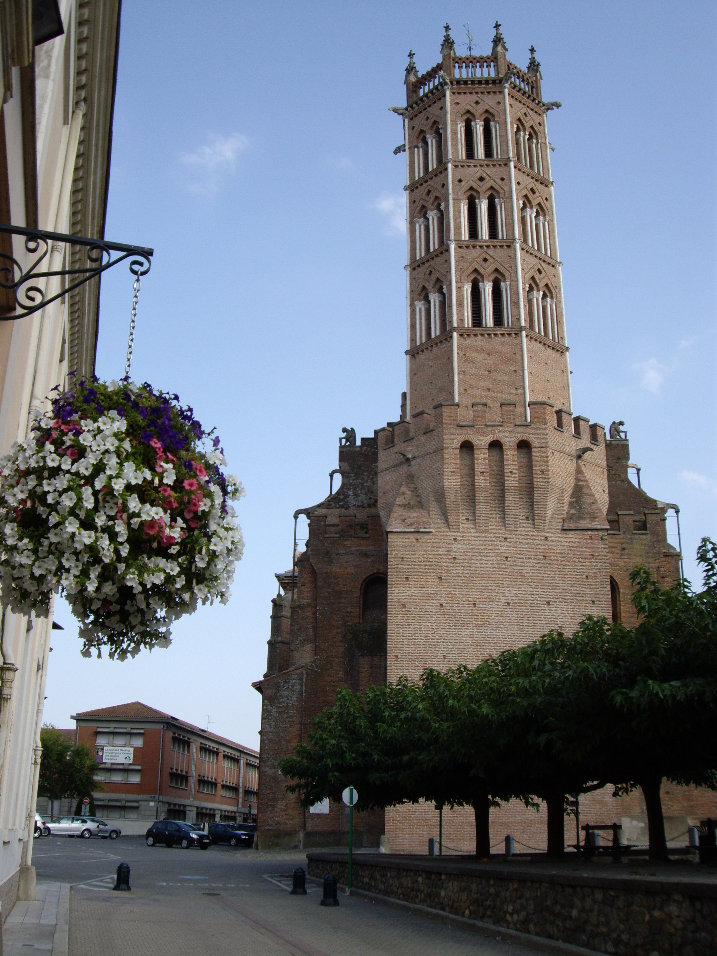 Pamiers France  City new picture : Cathédrale Saint Antonin de Pamiers 09 Wikimedia Commons