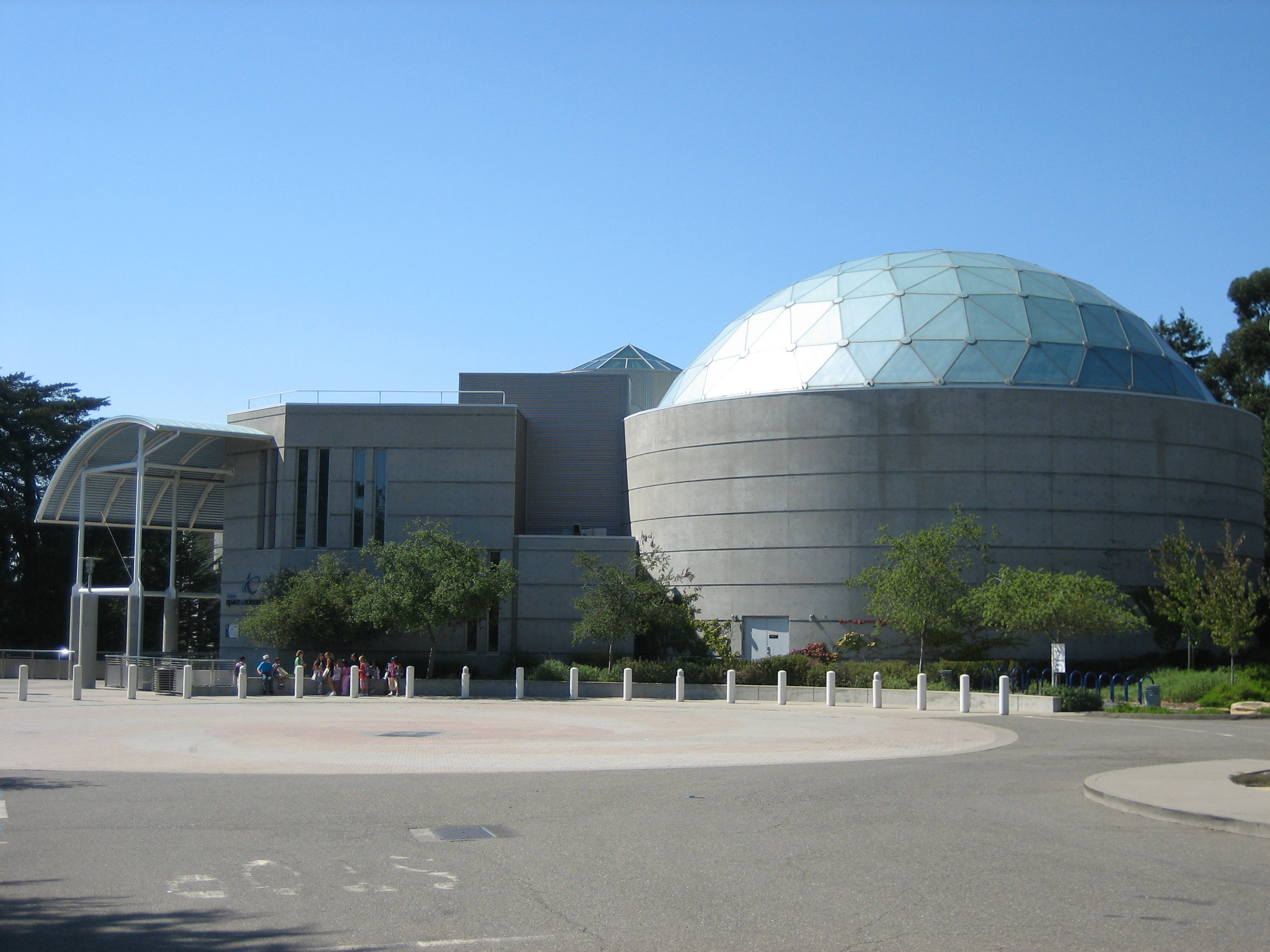 Chabot Space & Science Center entrance, source: Wikipedia