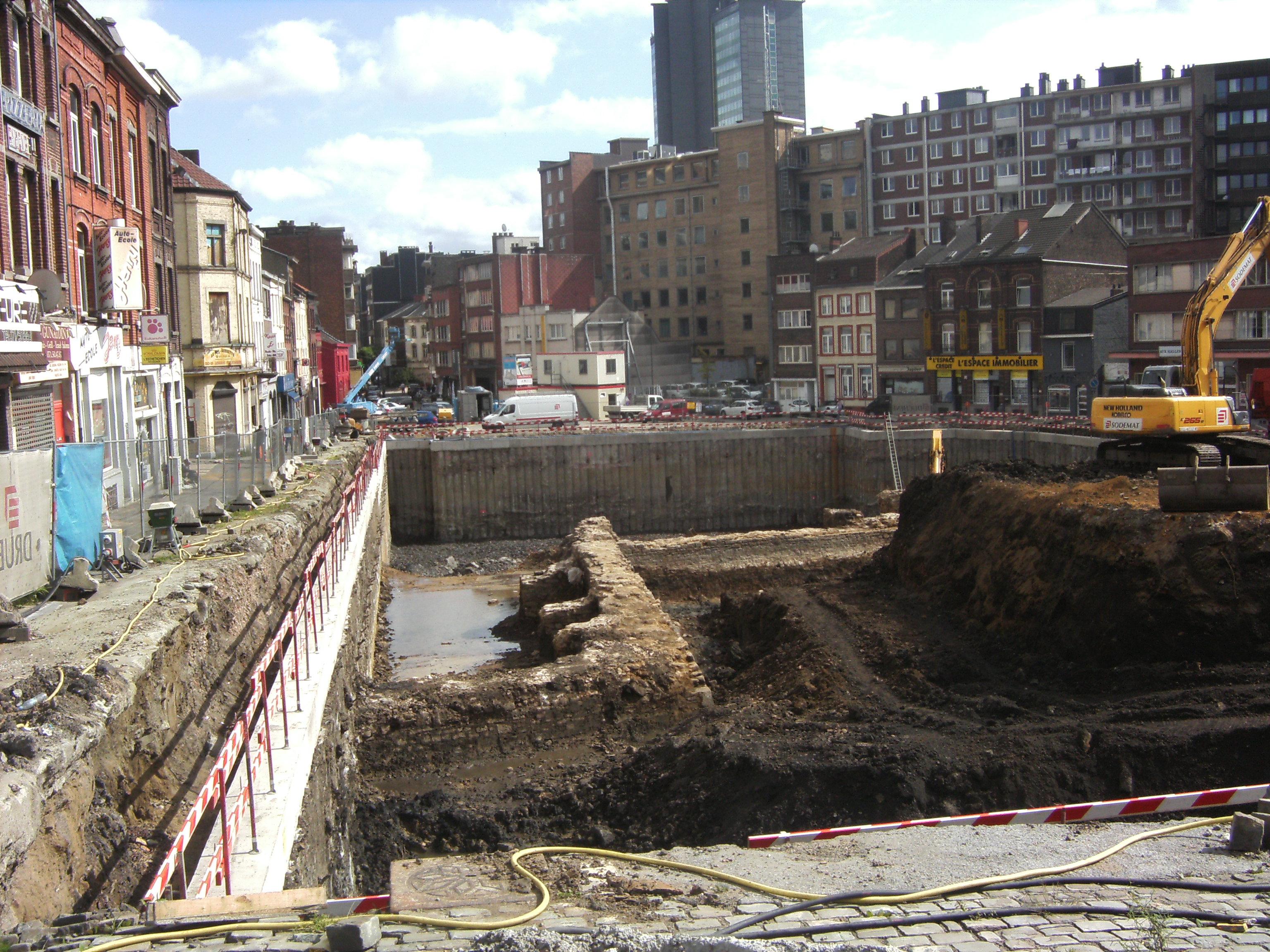 File charleroi place de la digue forteresse fran aise for Porte francaise