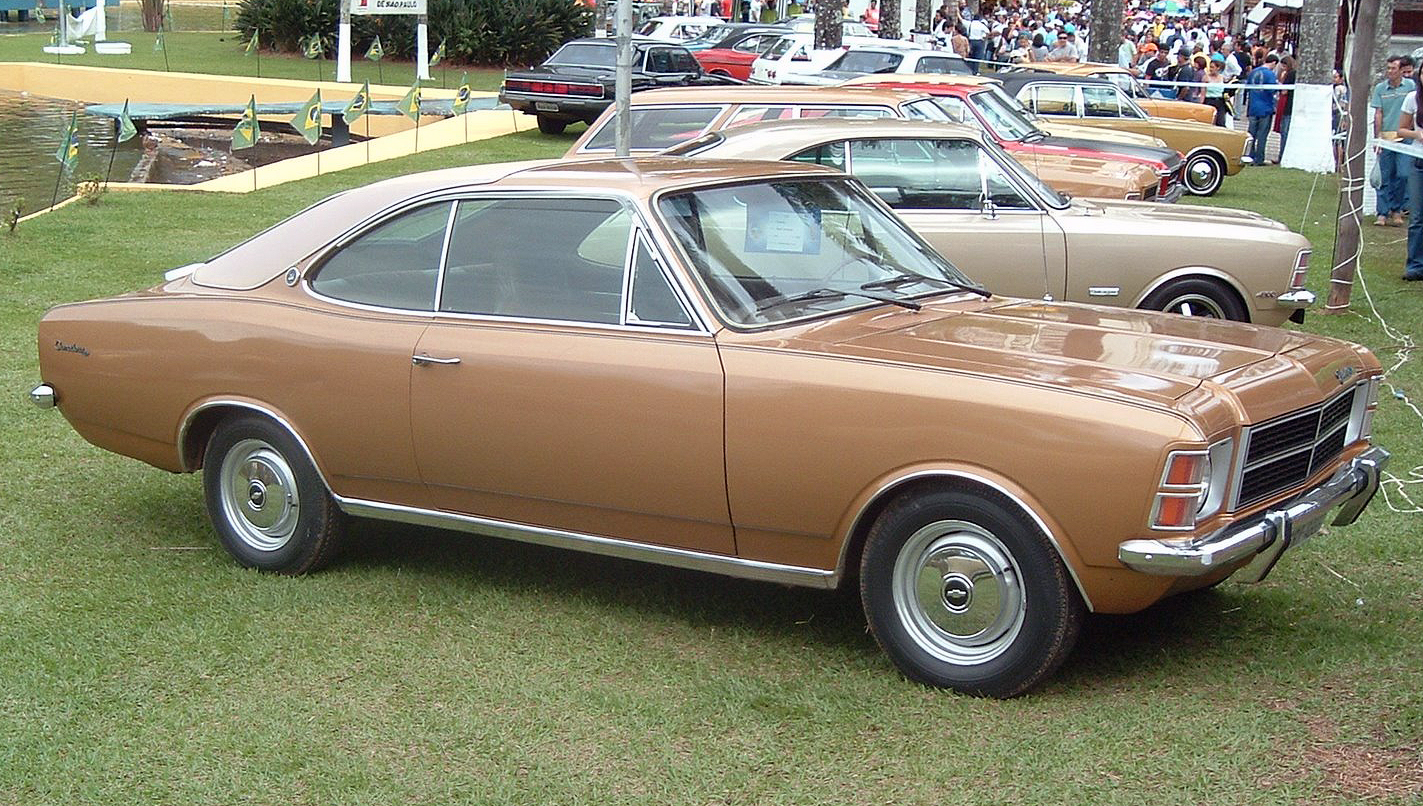 File:Chevy Comodoro Coupé.jpg - Wikimedia Commons