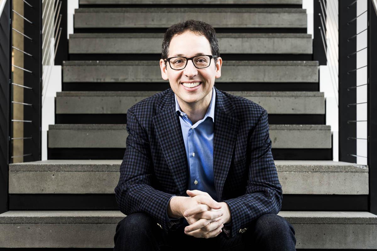 Chris Capossela - Diretor de Marketing CMO