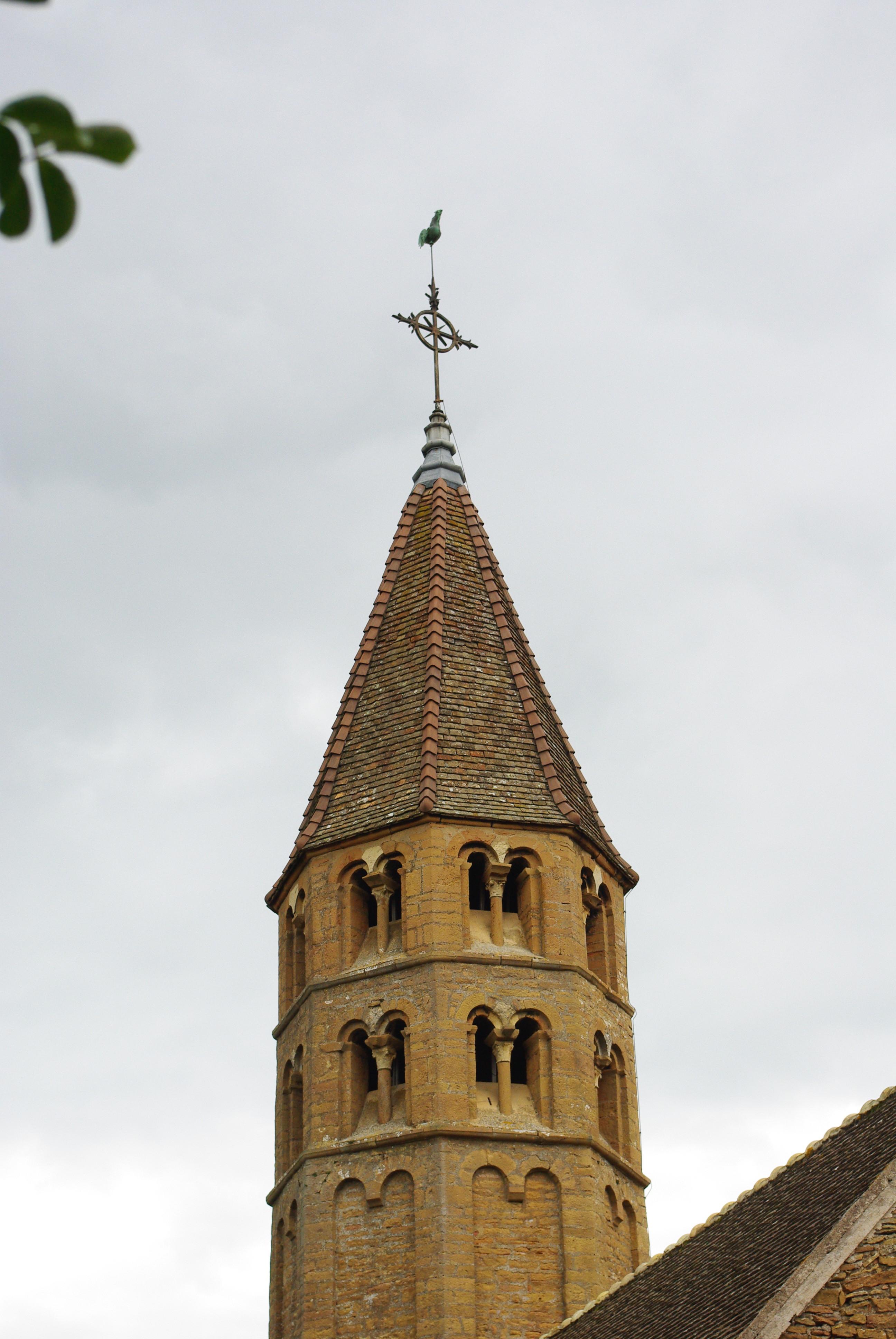 Narbonne Version 3 1: File:Clocher De L'église De Loché (71)