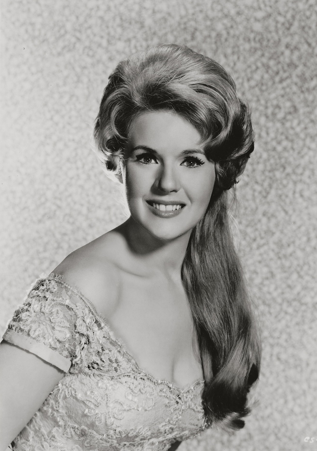 connie stevens – sixteen reasons
