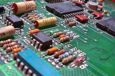 Electronic circuit / Nicola Asuni (CC-BY-SA)