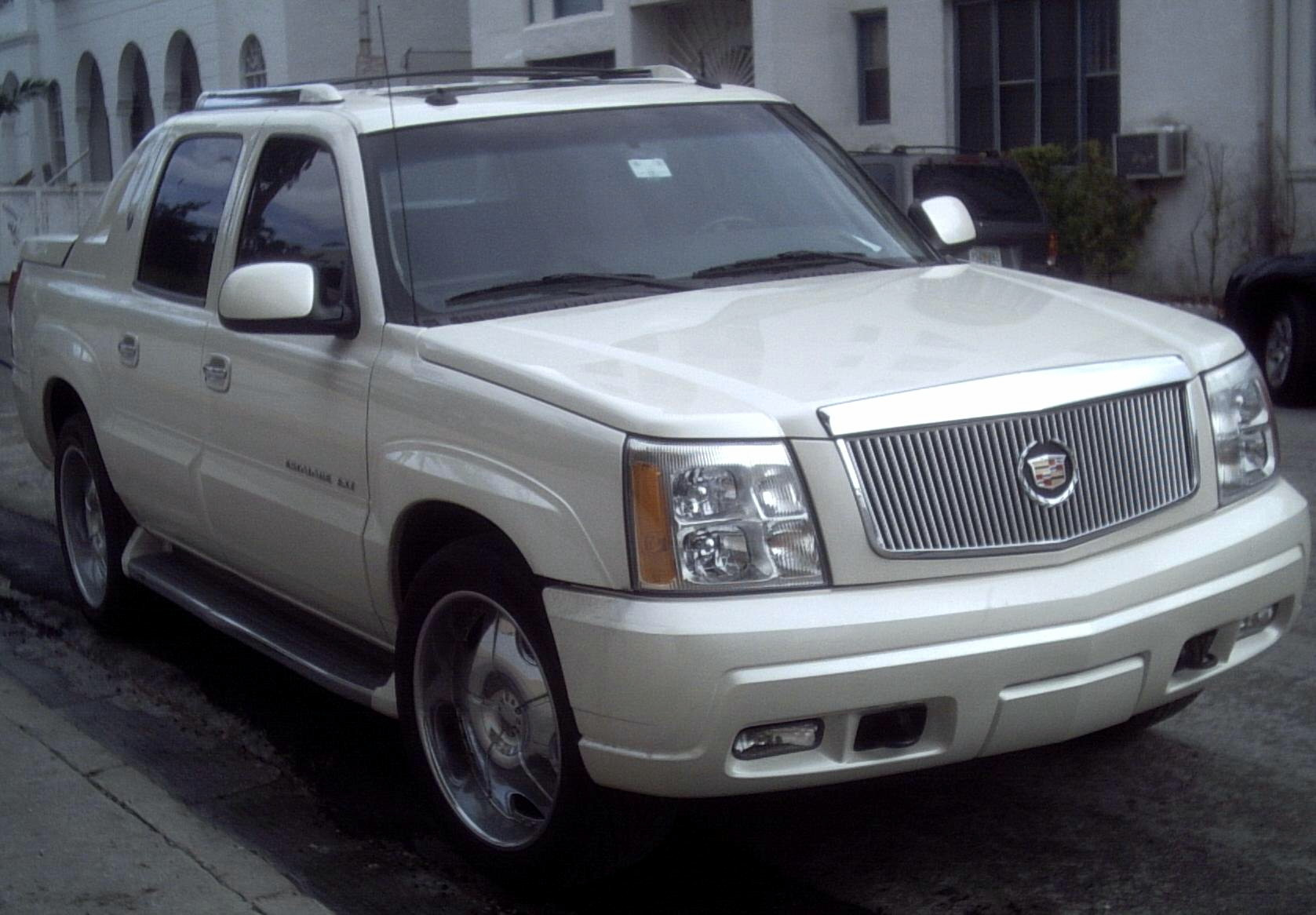 crew lancaster c cab d cadillac awd in sold escalade sb pa veh ext