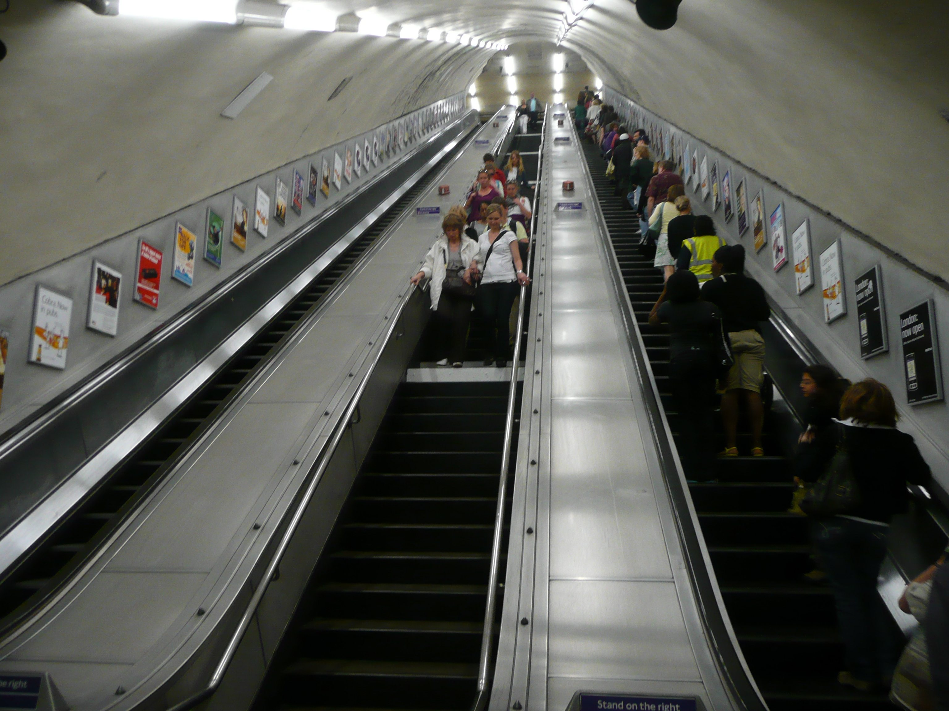 File Escalators At Marble Arch Tube Station London Jpg