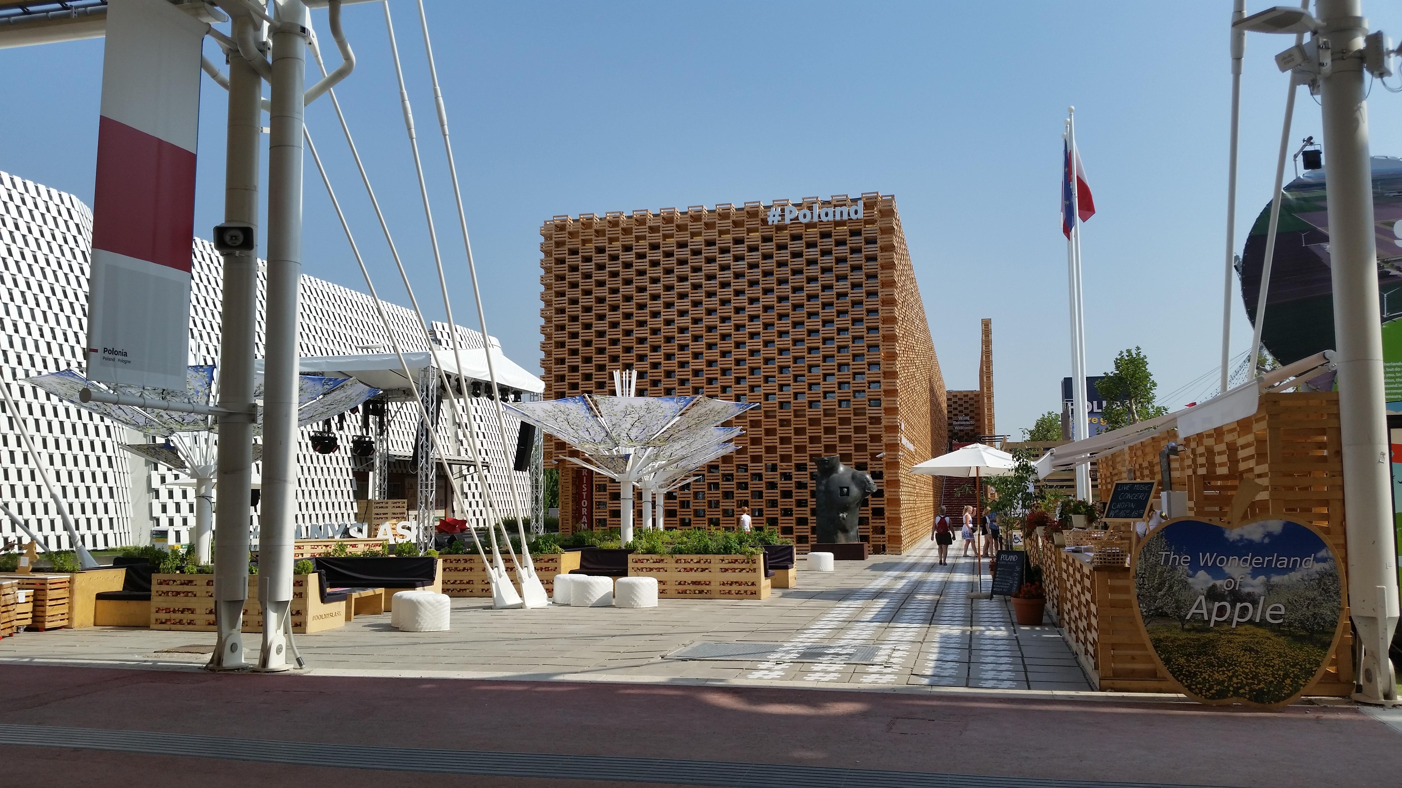 file expo milano 2015 pavilion of wikimedia. Black Bedroom Furniture Sets. Home Design Ideas