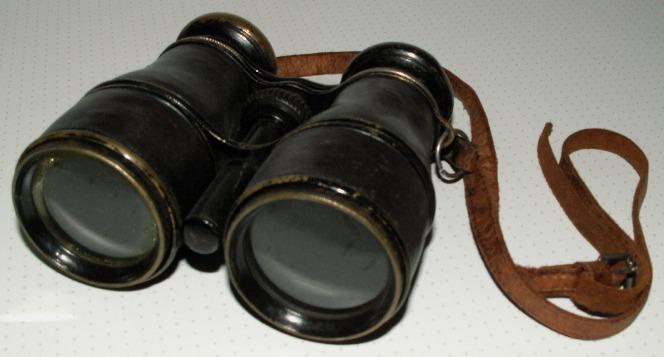 File:Fernglas(alt).JPG