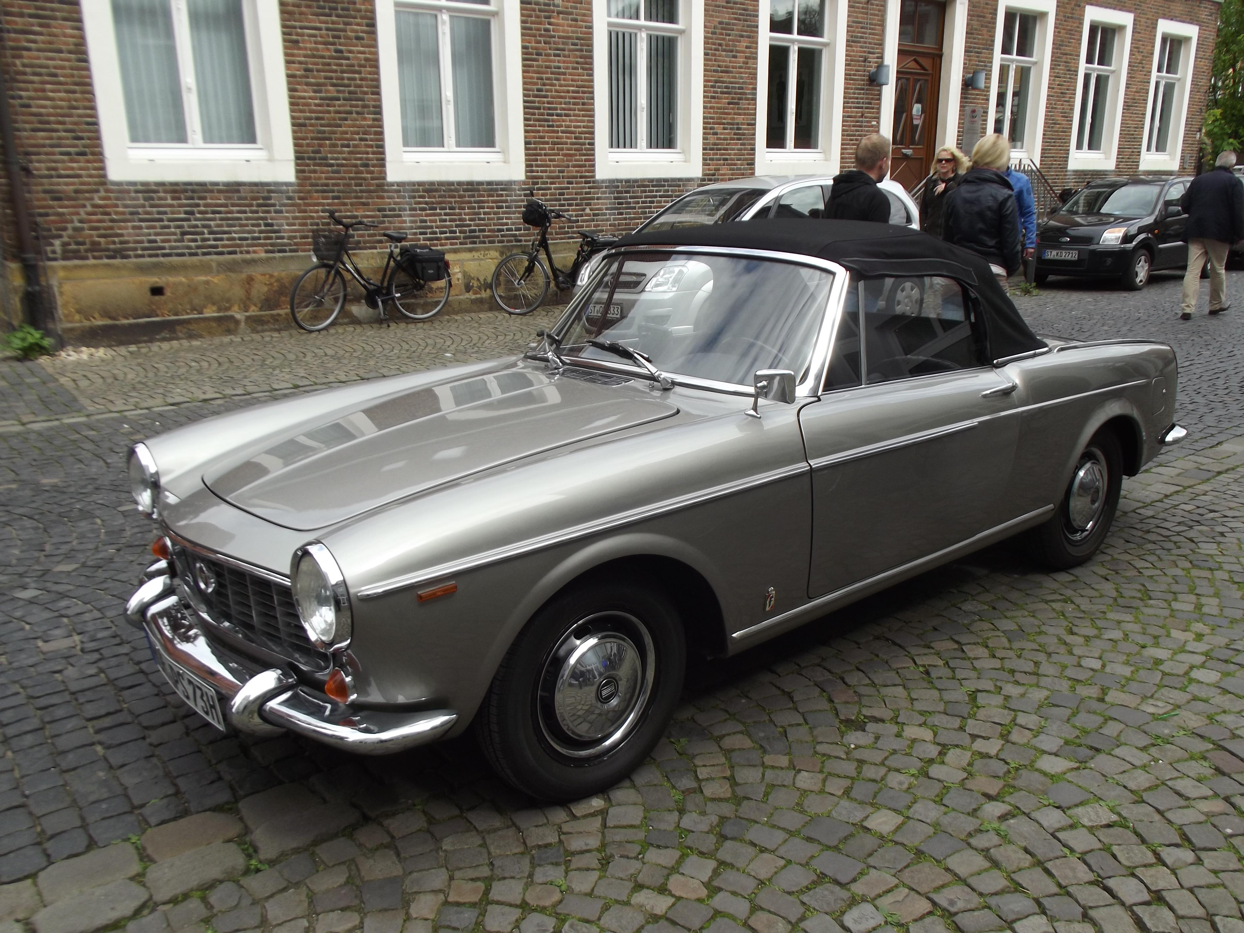 File:Fiat 1500 in 2014.JPG - Wikimedia Commons